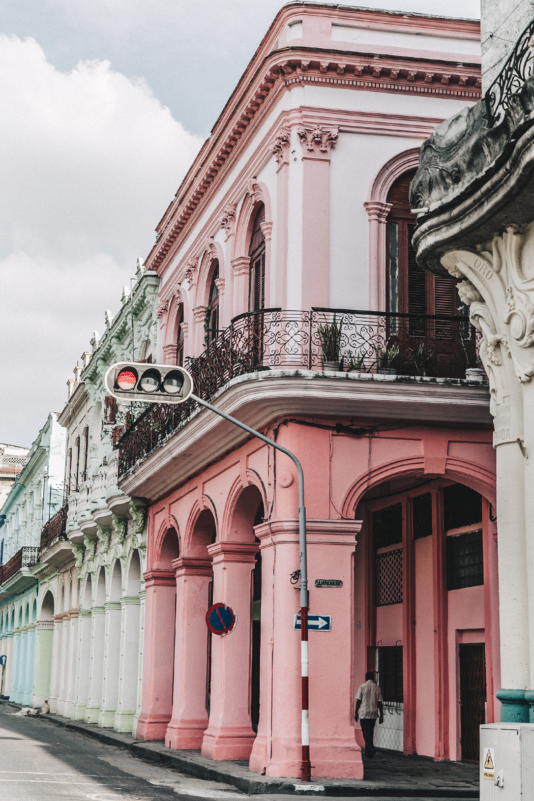 La_Habana-Cuba-Collage_On_The_Road-Fresa_Y_Chocolate-La_Guarida-Mint_Dress-Revolve_Clothing-Espadrilles-Outfit-Collage_Vintage-12