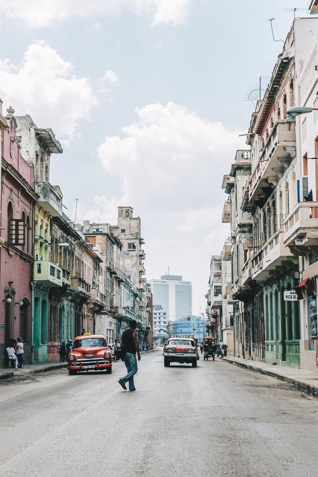 La_Habana-Cuba-Collage_On_The_Road-Fresa_Y_Chocolate-La_Guarida-Mint_Dress-Revolve_Clothing-Espadrilles-Outfit-Collage_Vintage-29