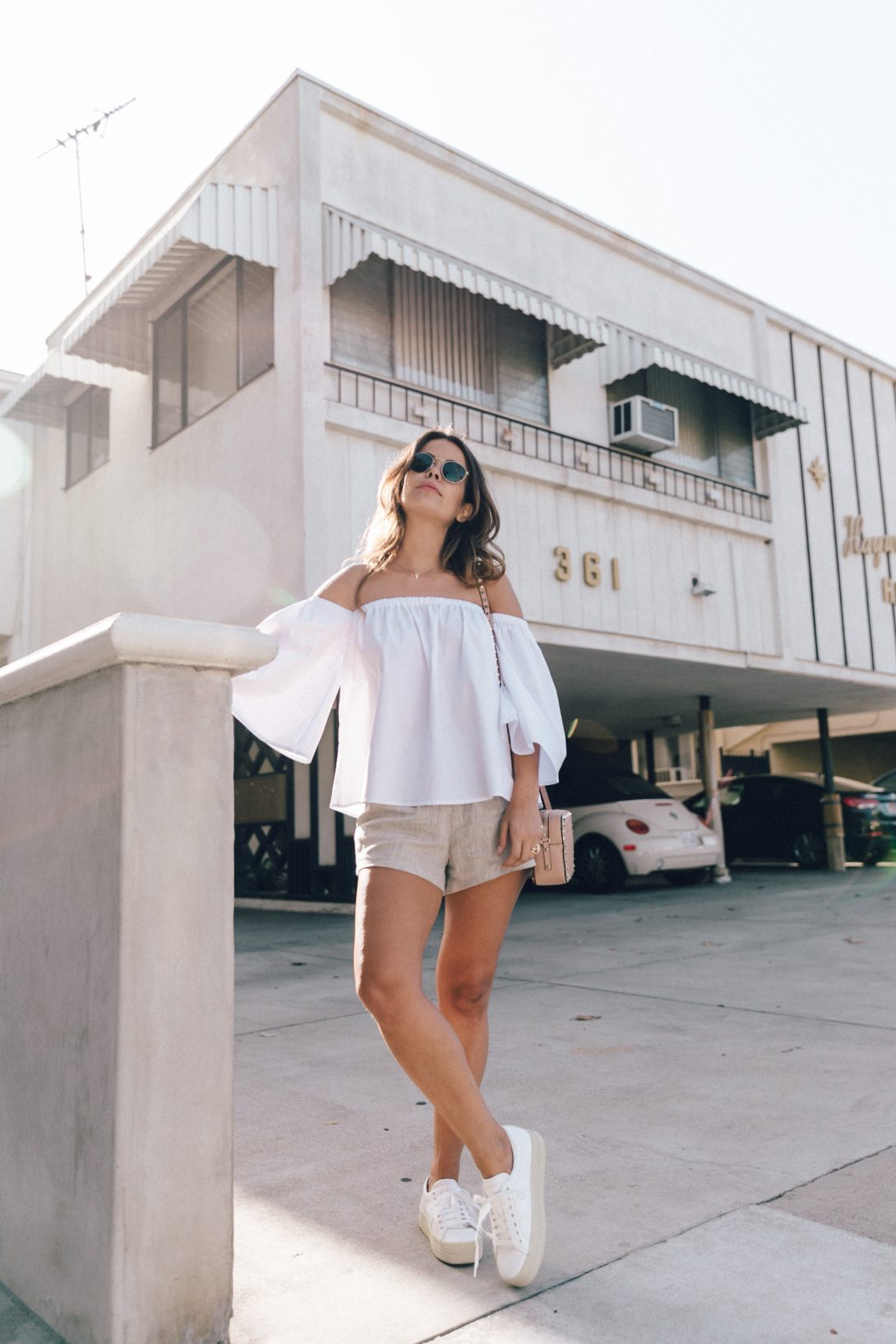 Off_The_Shoulders-Chicwish-Valentino_Bag-Monnier_Fevres-Sneakers-Saint_Laurent-Reformation_Shorts-Outfit-Los_Angeles--52