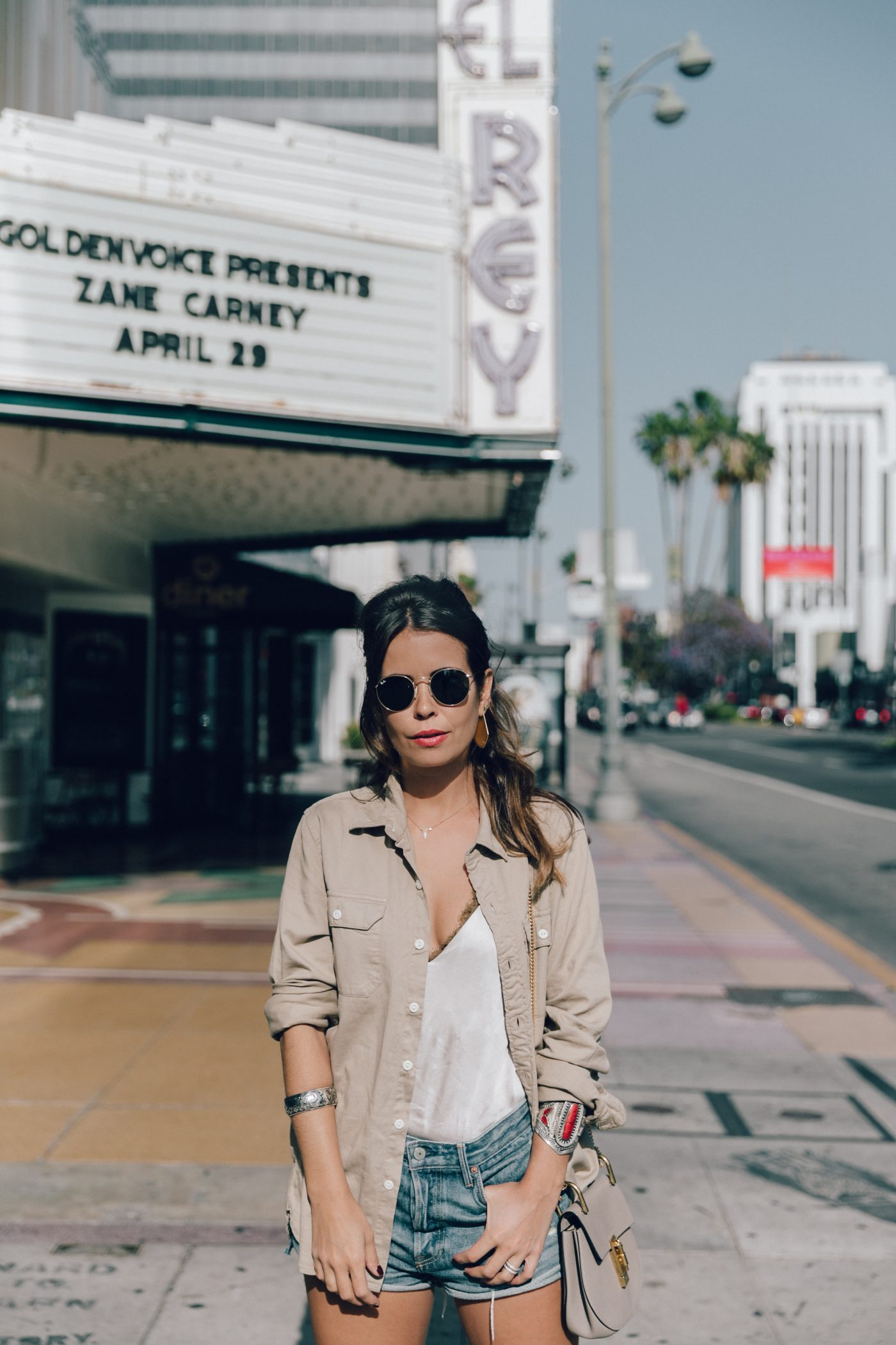 Levis_Shirt-GRLFRND_Denim-Chloe_Bag-Los_Angeles-Shorts-Outfit-Street_Style-Ray_Ban-Street_Style-Collage_Vintage-5