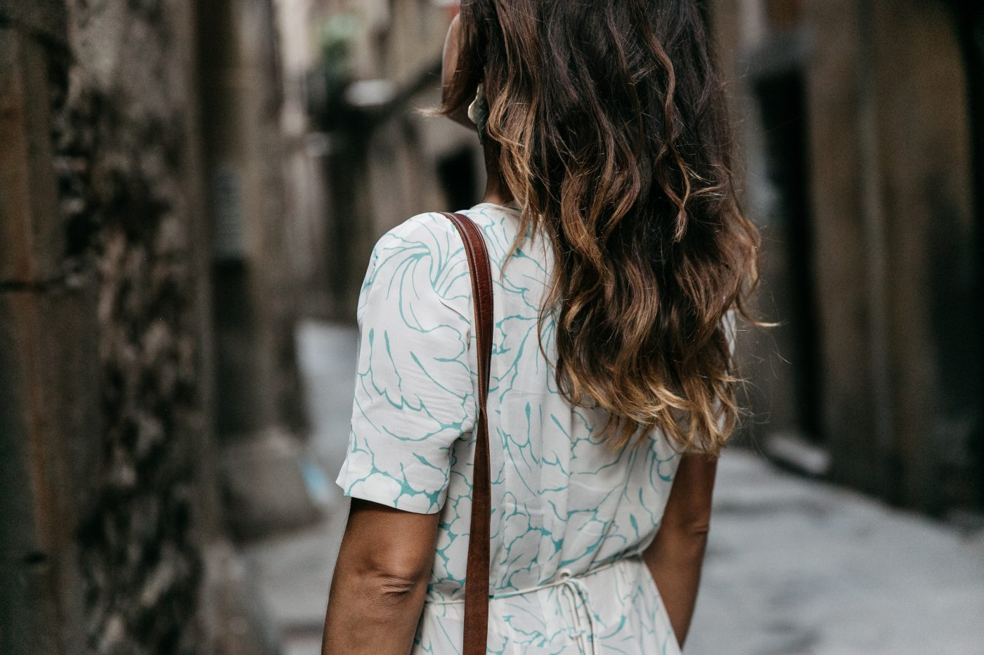 Long_Dress-HM_Leather_Bag-Maje_Sandals-Outfit-Primavera_Sound-Collage_Vintage-Street_Style-39