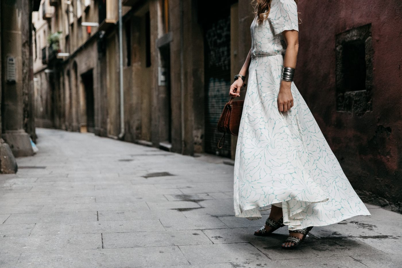 Long_Dress-HM_Leather_Bag-Maje_Sandals-Outfit-Primavera_Sound-Collage_Vintage-Street_Style-52