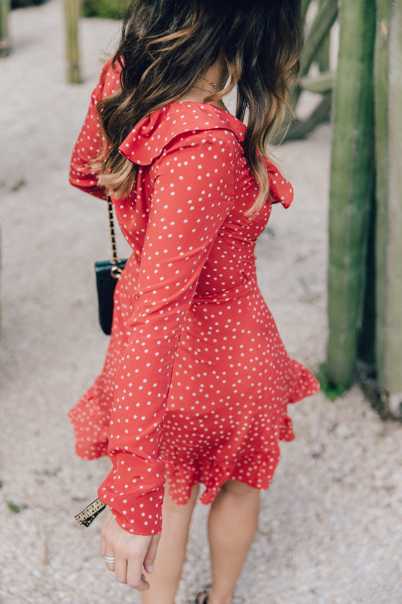Realisation_Par_Dress-Star_Print-Red_Dress-Outfit-Catonier-Hat-Lack_Of_Color-Black_Sandals_Topshop-Barcelona-Collage_Vintage-Mossen_Gardens-67