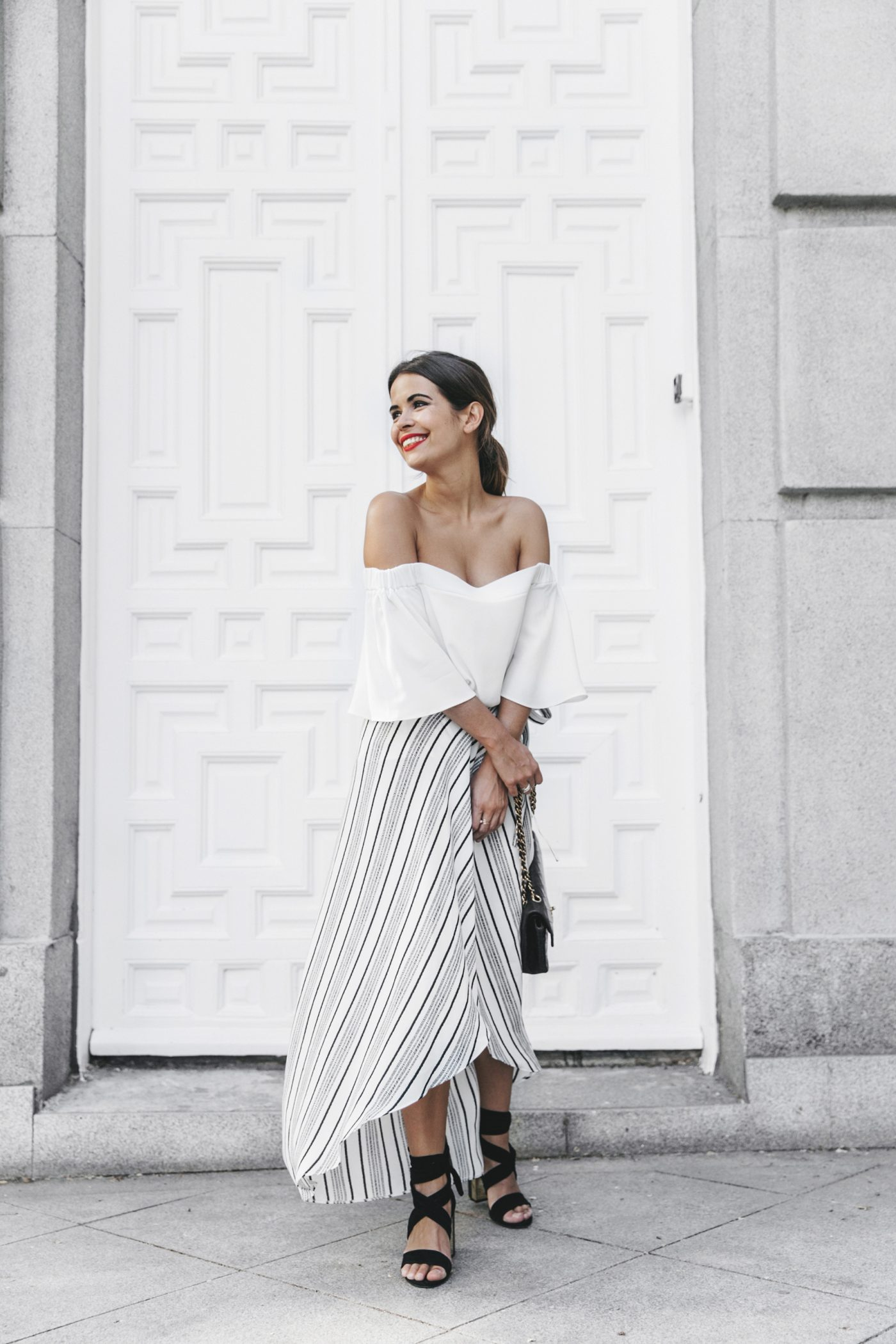 River_Island-El_Imparcial-Striped_SKirt-Off_Shoulders_Top-Lace_Up_Sandals-CHanel_Vintage_Bag-20