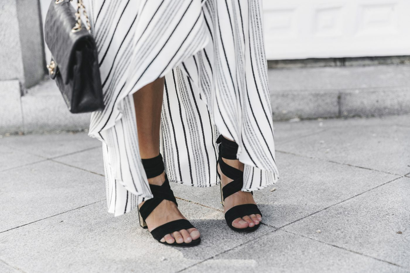 River_Island-El_Imparcial-Striped_SKirt-Off_Shoulders_Top-Lace_Up_Sandals-CHanel_Vintage_Bag-26
