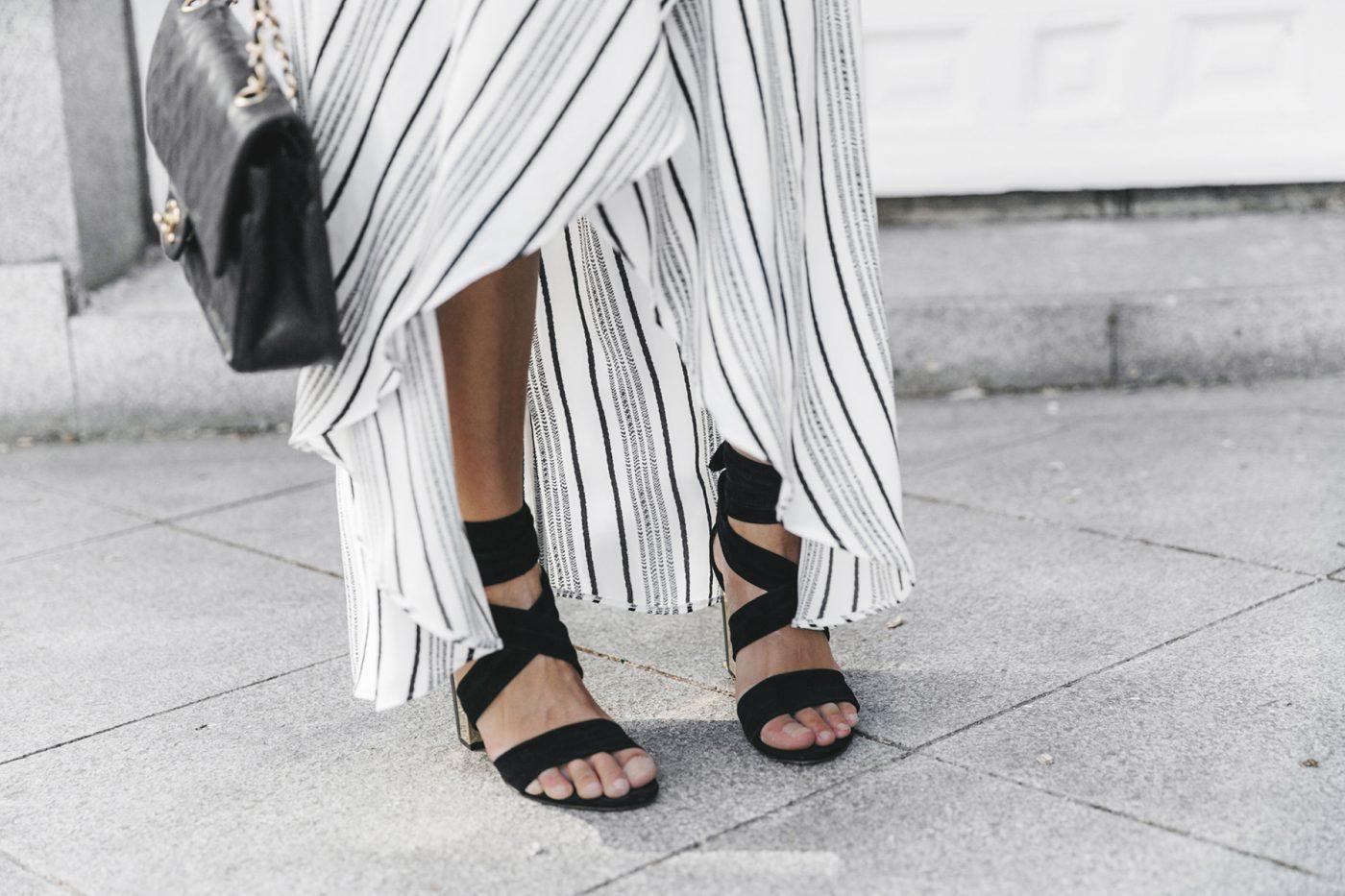 River_Island-El_Imparcial-Striped_SKirt-Off_Shoulders_Top-Lace_Up_Sandals-CHanel_Vintage_Bag-26