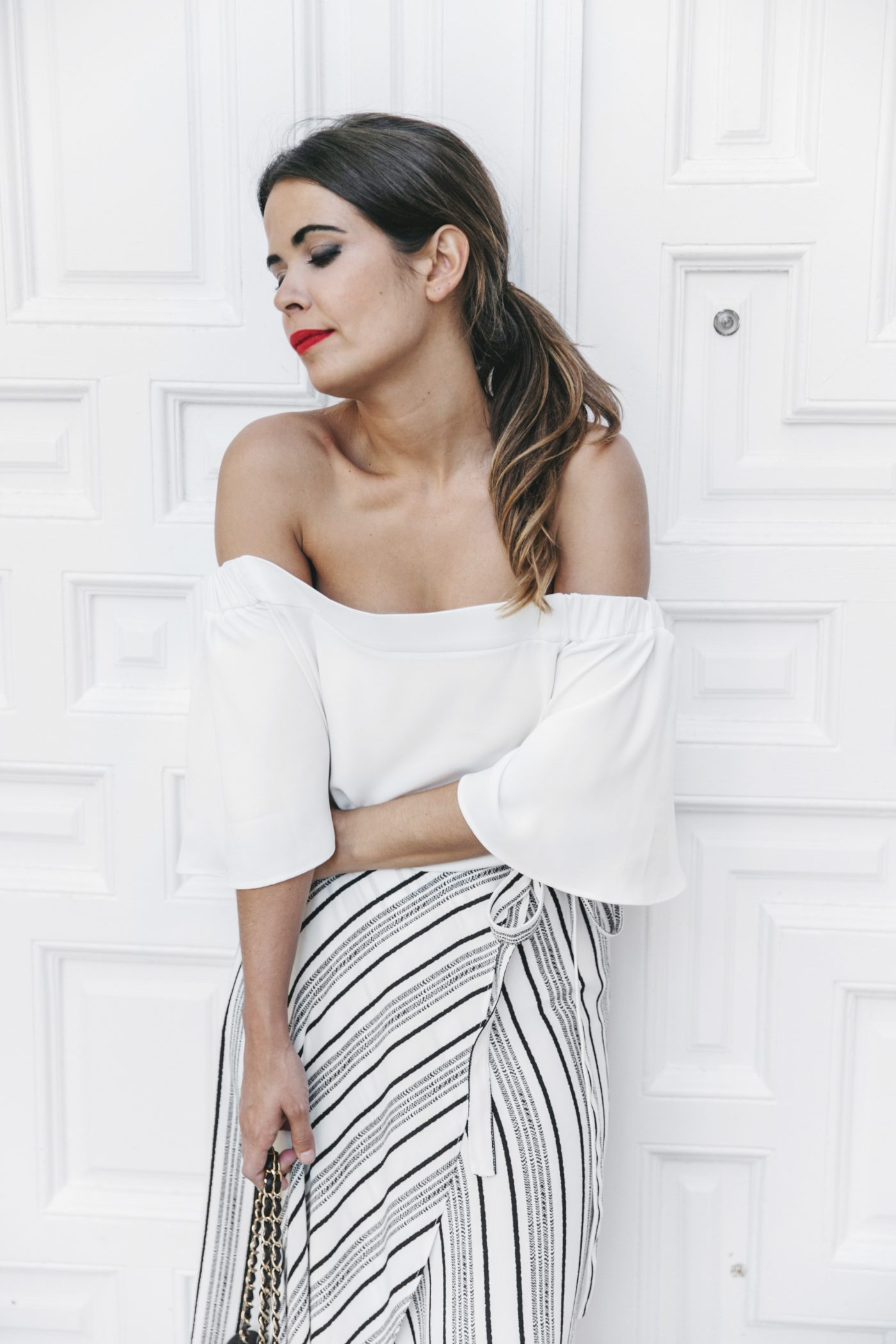 River_Island-El_Imparcial-Striped_SKirt-Off_Shoulders_Top-Lace_Up_Sandals-CHanel_Vintage_Bag-32