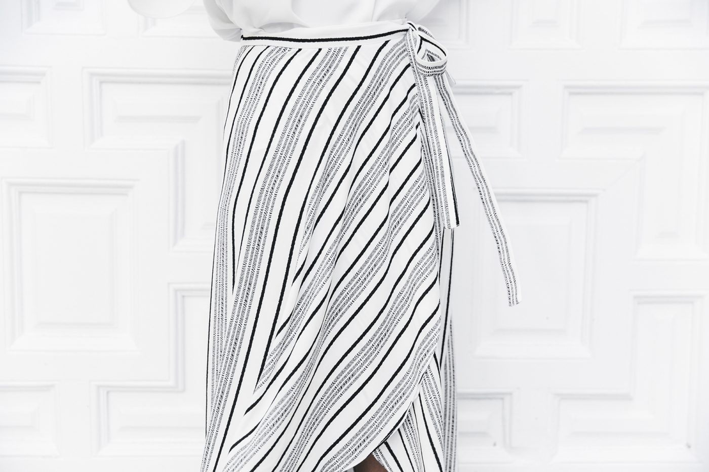 River_Island-El_Imparcial-Striped_SKirt-Off_Shoulders_Top-Lace_Up_Sandals-CHanel_Vintage_Bag-53