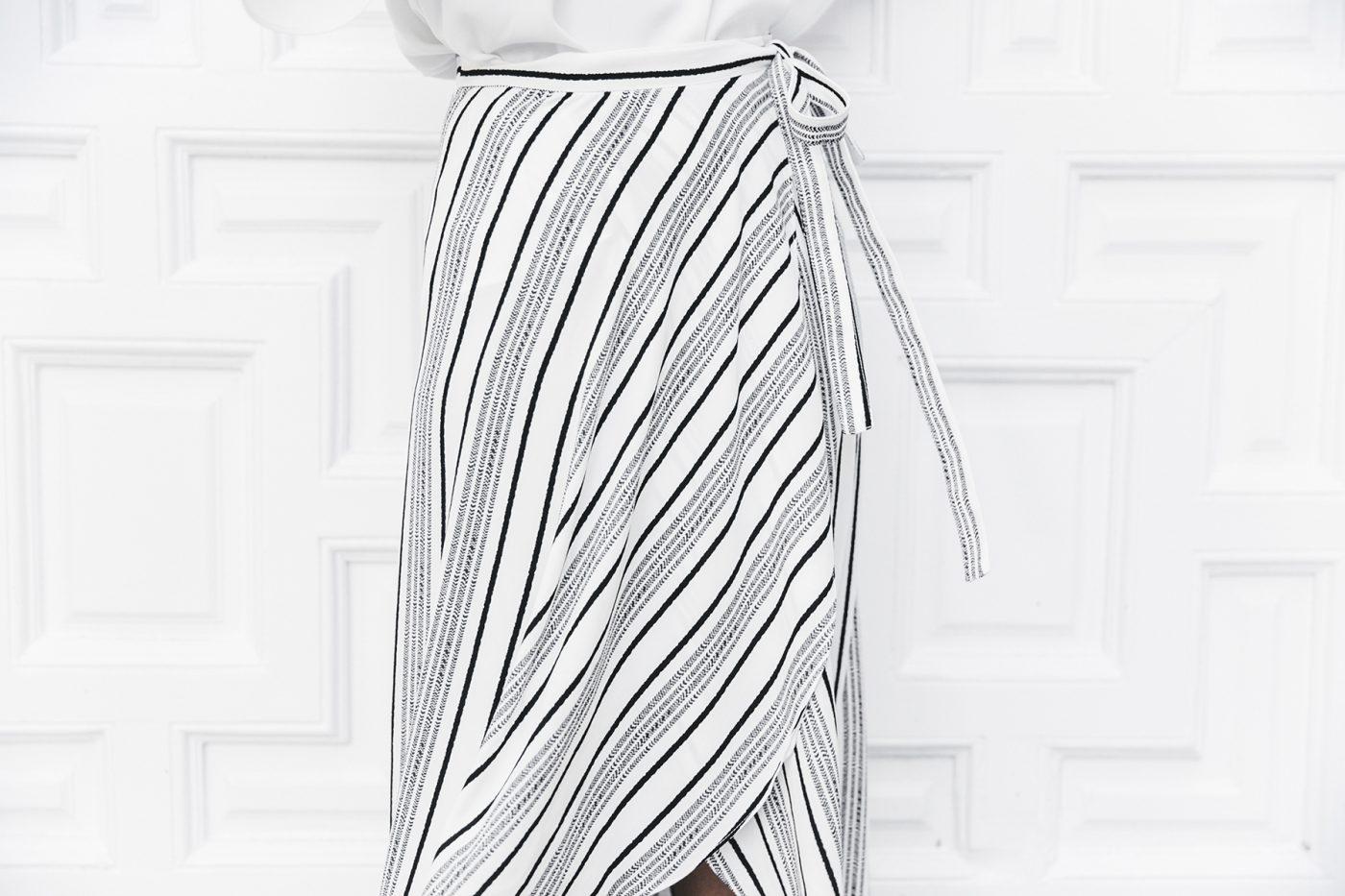 River_Island-El_Imparcial-Striped_SKirt-Off_Shoulders_Top-Lace_Up_Sandals-CHanel_Vintage_Bag-53