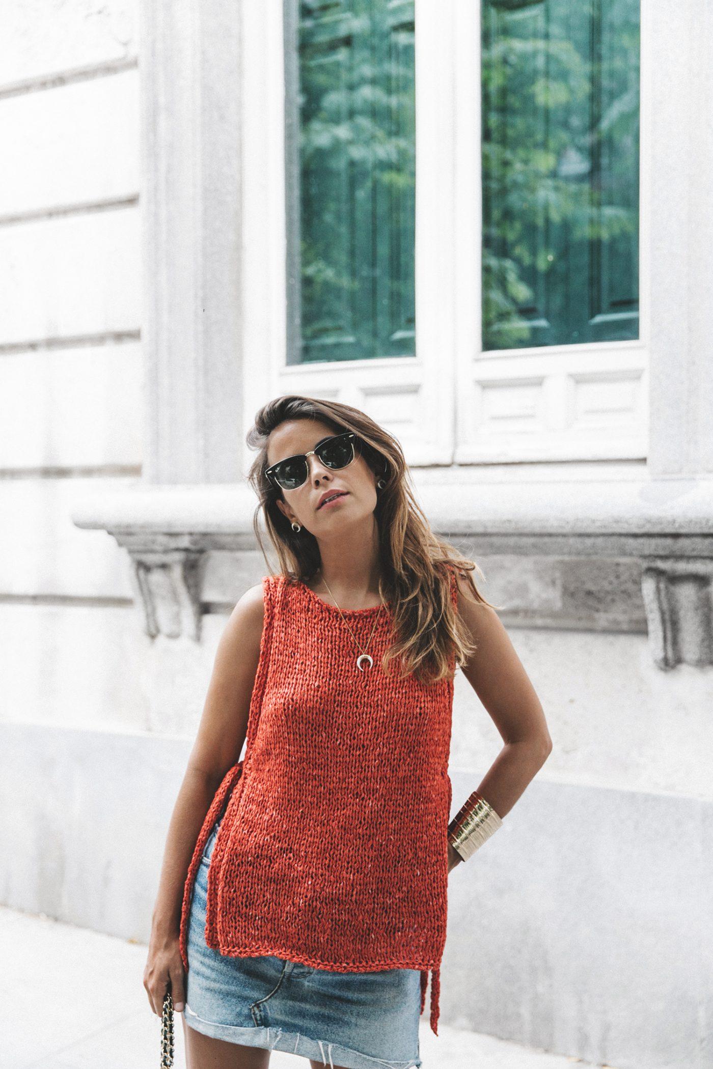 Summery_knit-Levis_Vintage_Skirt-Zalando_Espadrilles-Black_Sandals-Collage_Vintage_Horn_Necklace-Outfit-Street_Style-2