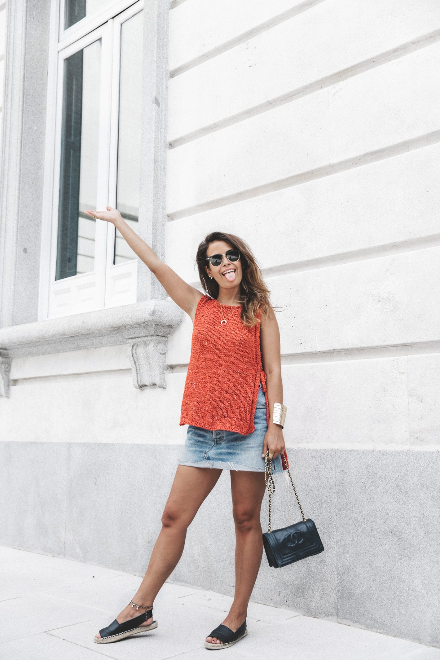 Summery_knit-Levis_Vintage_Skirt-Zalando_Espadrilles-Black_Sandals-Collage_Vintage_Horn_Necklace-Outfit-Street_Style-32