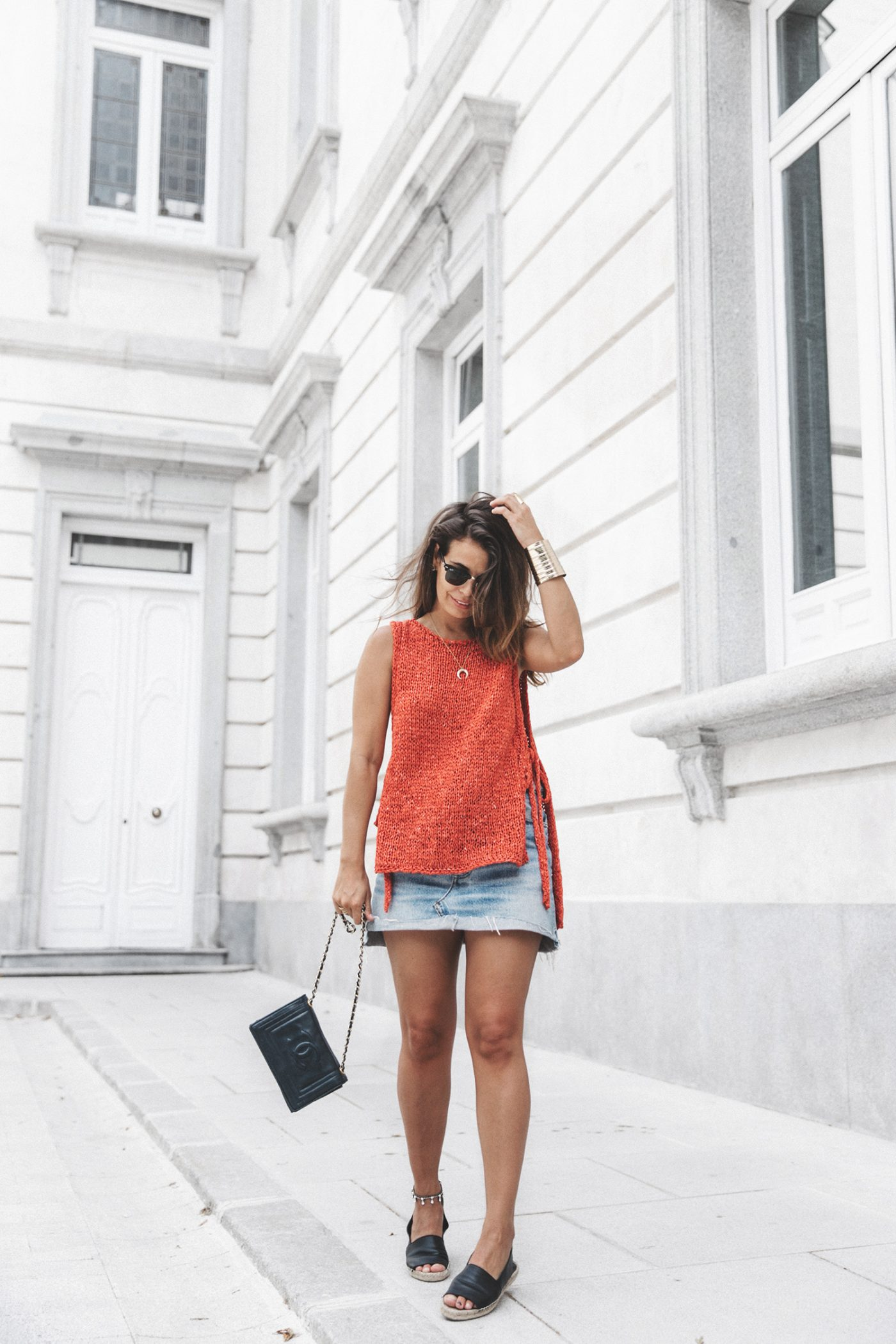 Summery_knit-Levis_Vintage_Skirt-Zalando_Espadrilles-Black_Sandals-Collage_Vintage_Horn_Necklace-Outfit-Street_Style-35