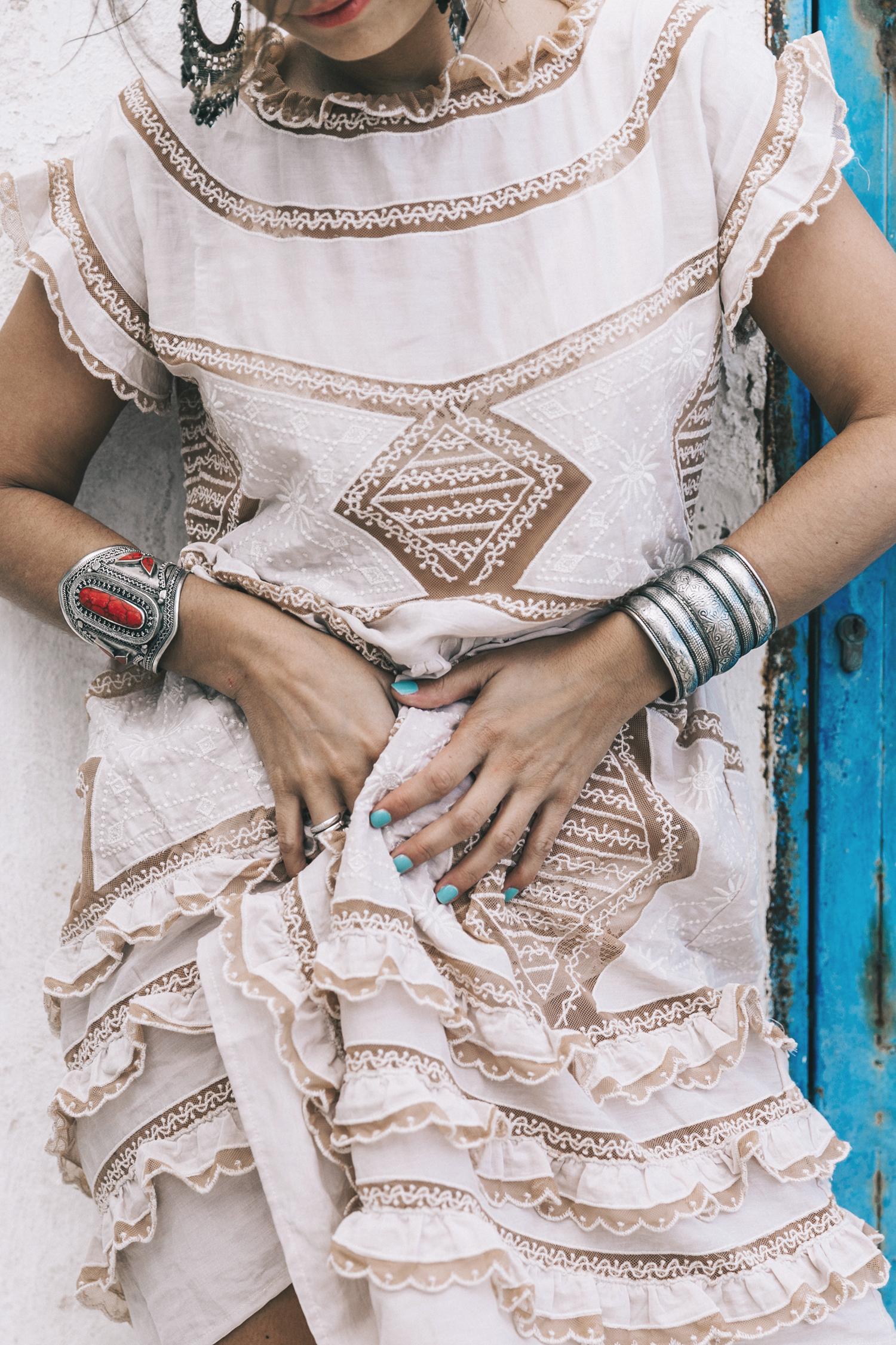 Chloe_Bag-Faye_Bag-For_Love_And_Lemons-Dress-Topknot-Soludos_Escapes-Soludos_Espadrilles-Summer-Santorini-Collage_Vintage-123
