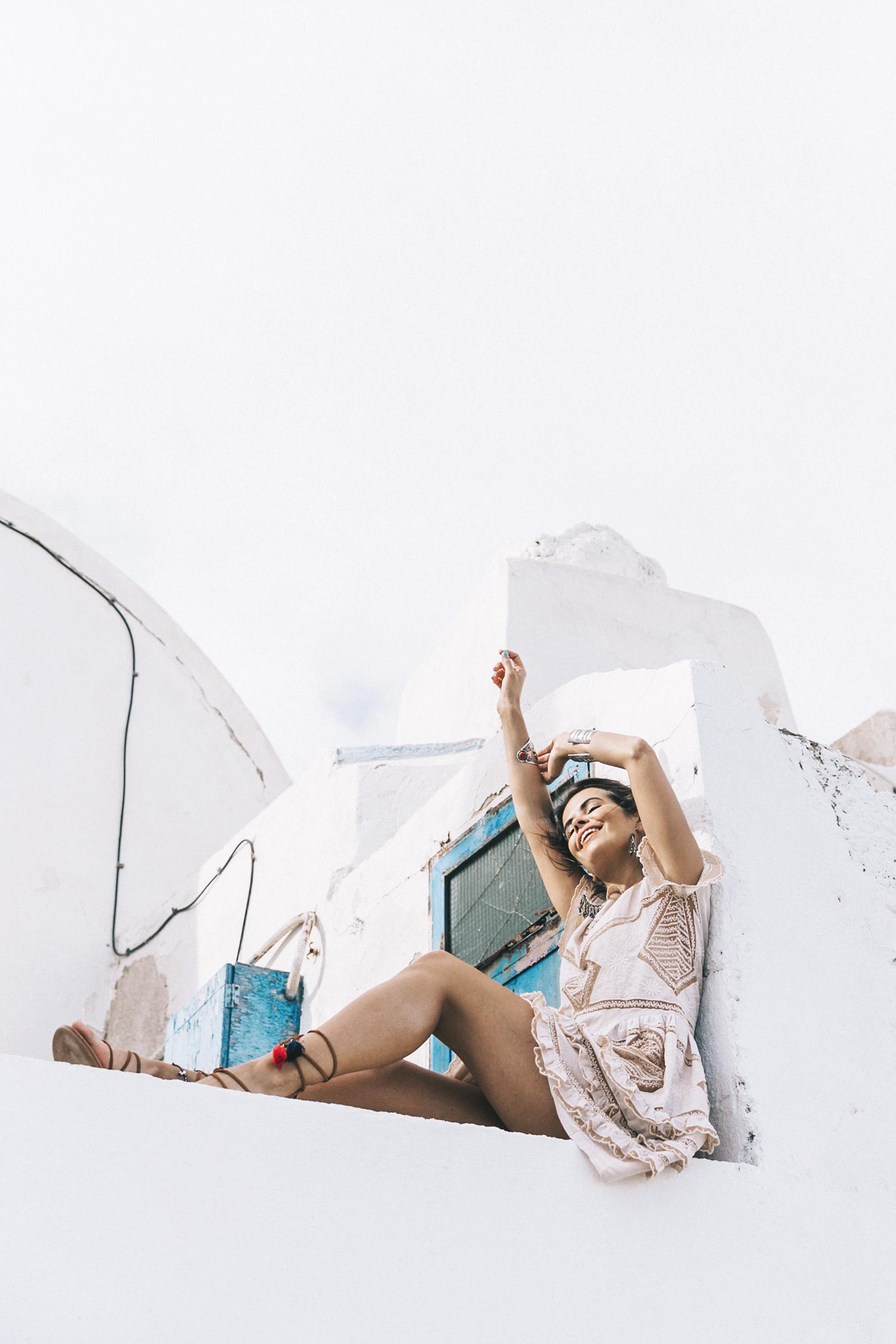 Chloe_Bag-Faye_Bag-For_Love_And_Lemons-Dress-Topknot-Soludos_Escapes-Soludos_Espadrilles-Summer-Santorini-Collage_Vintage-31