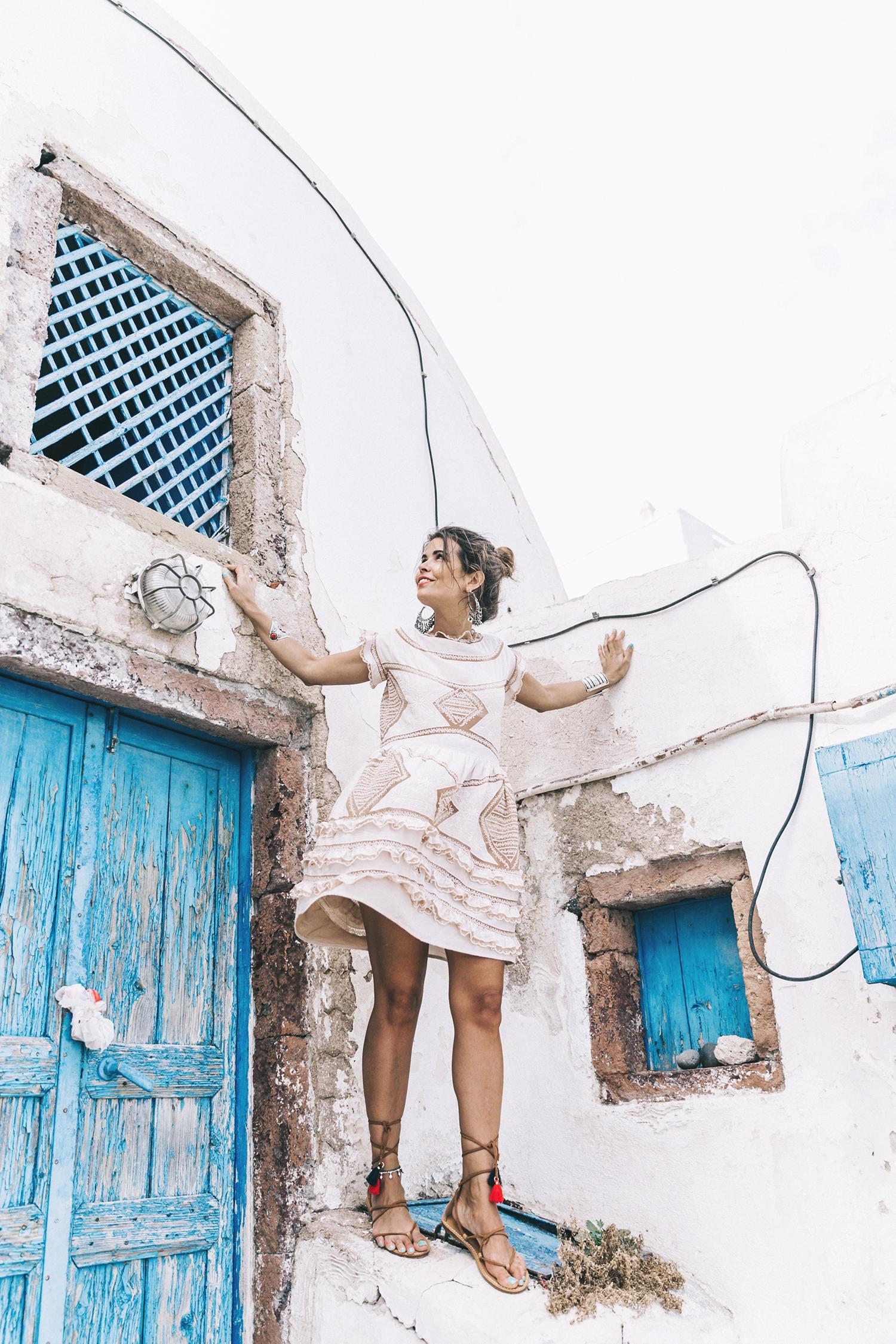 Chloe_Bag-Faye_Bag-For_Love_And_Lemons-Dress-Topknot-Soludos_Escapes-Soludos_Espadrilles-Summer-Santorini-Collage_Vintage-93