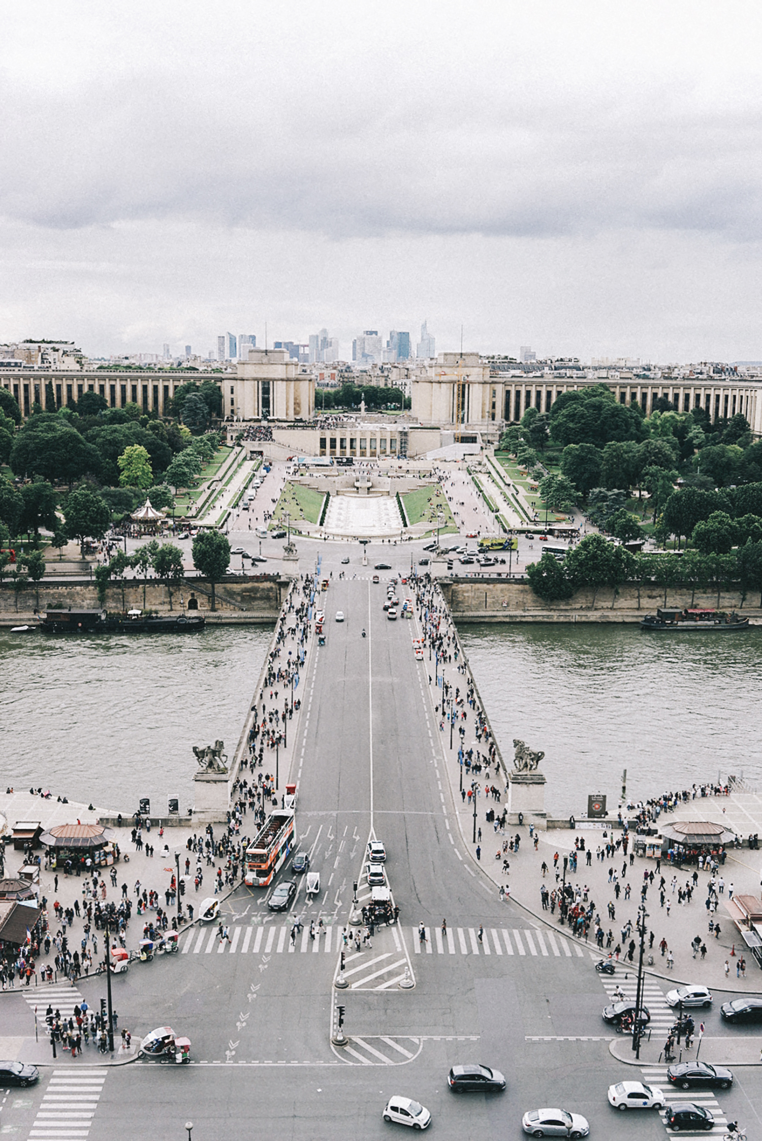 Home_Away_Paris-Tour_Eiffel-14