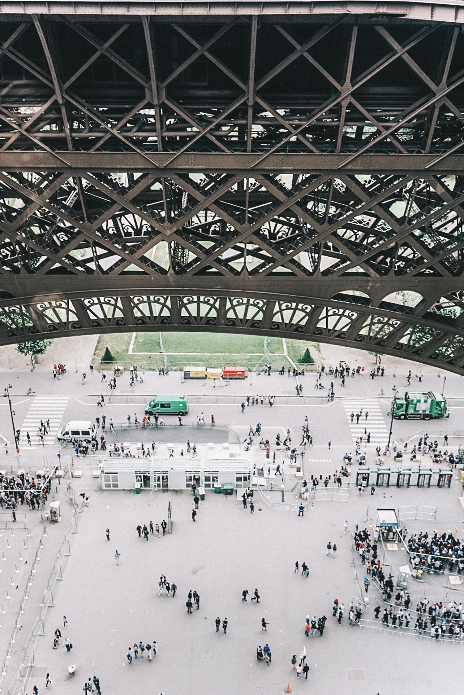Home_Away_Paris-Tour_Eiffel-16