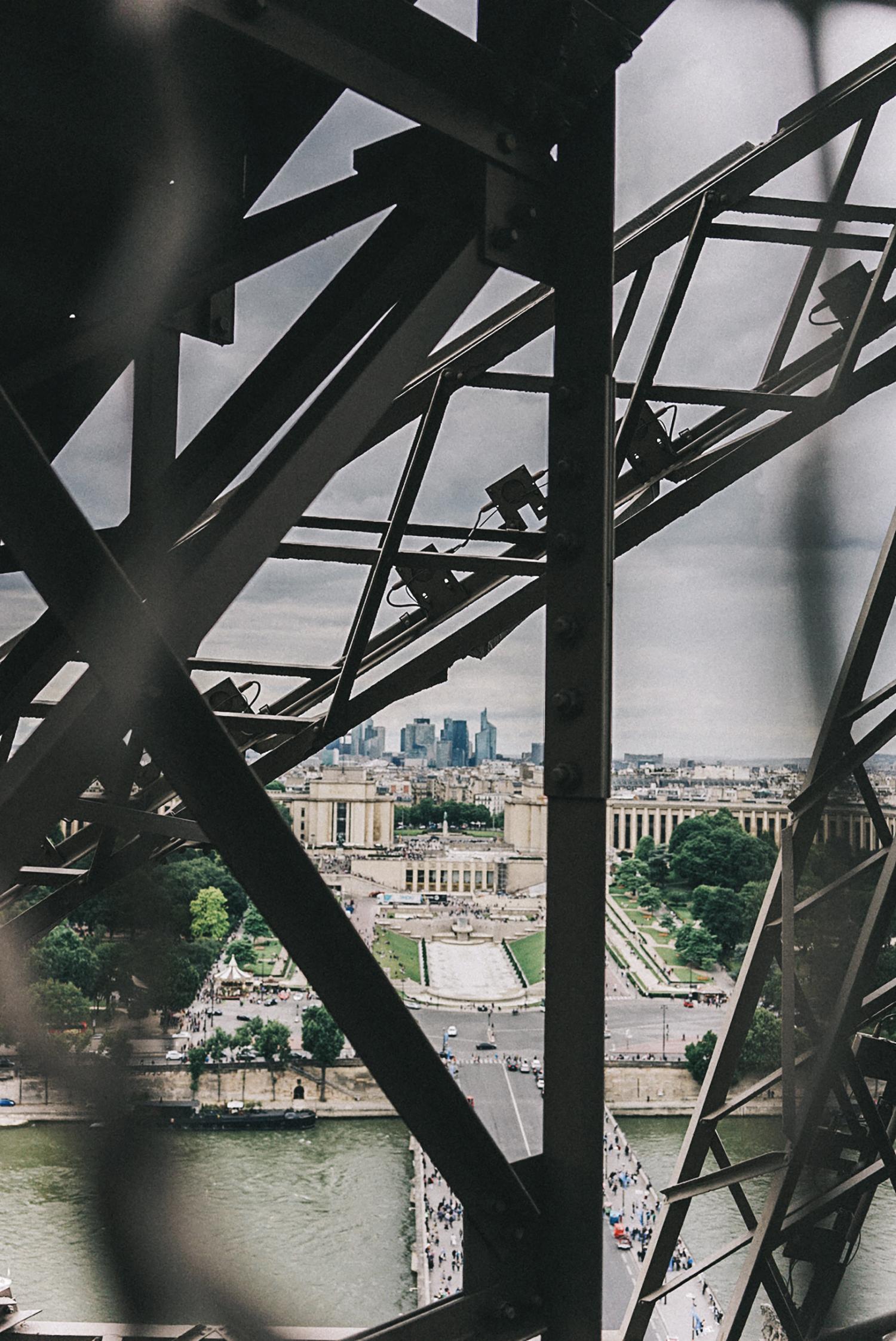 Home_Away_Paris-Tour_Eiffel-19