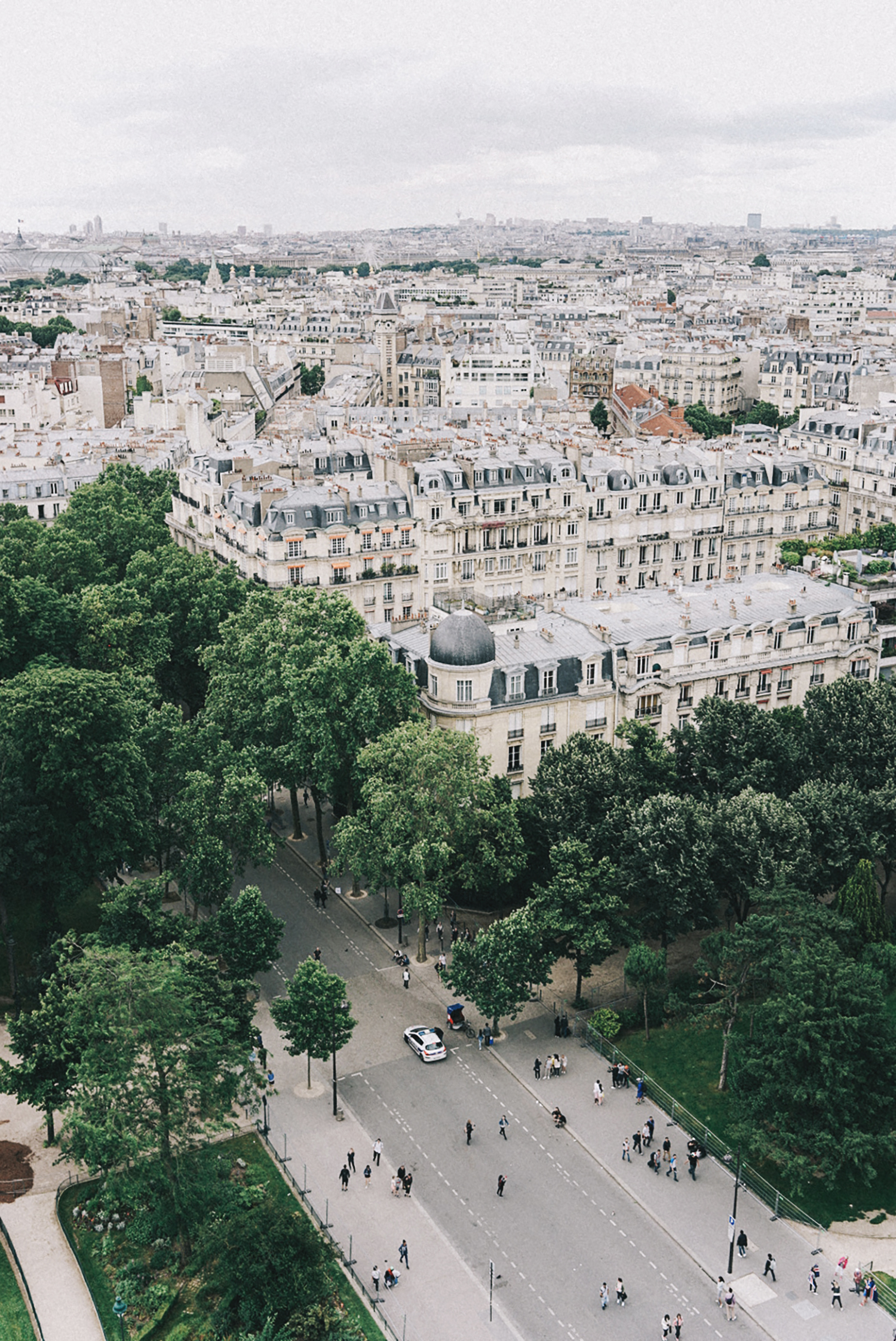 Home_Away_Paris-Tour_Eiffel-2