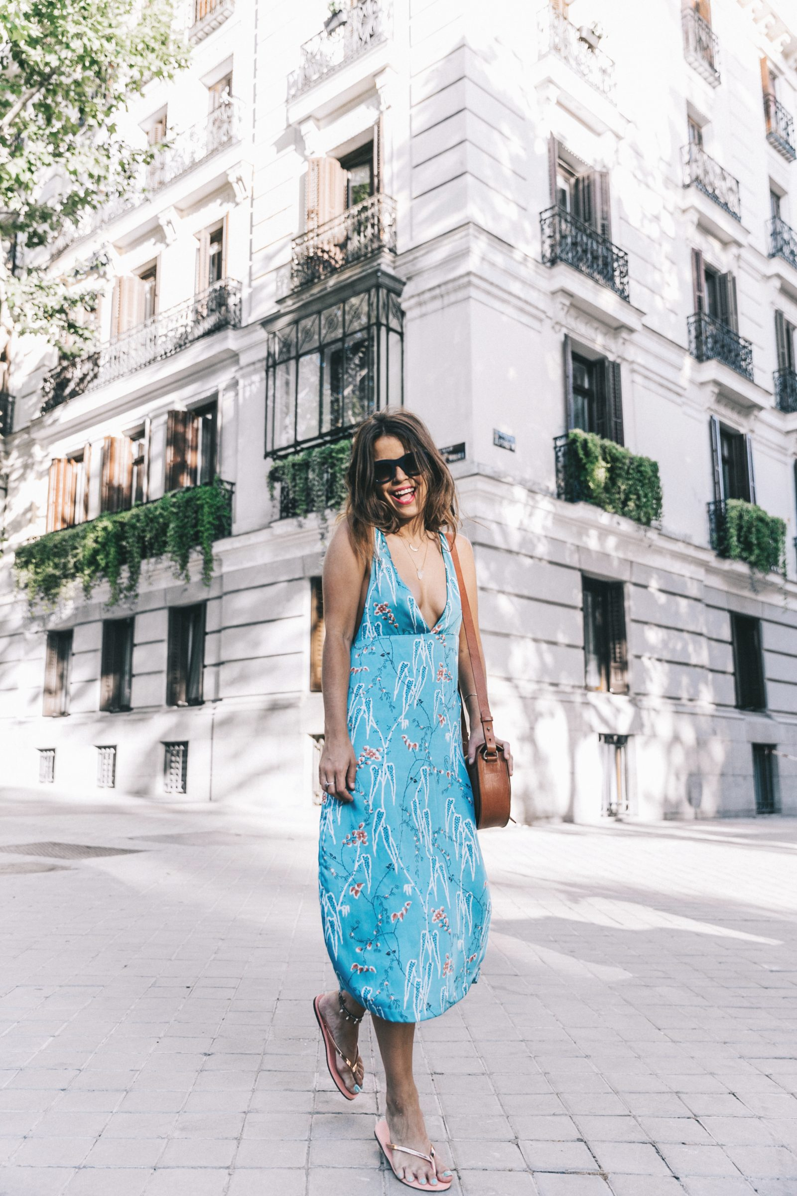 Outfit-Floral_Dress-Havaianas_Sandals-Summer-Sezane_Bag-Street_Style-Celine_Sunglasses-Collage_Vintage-17
