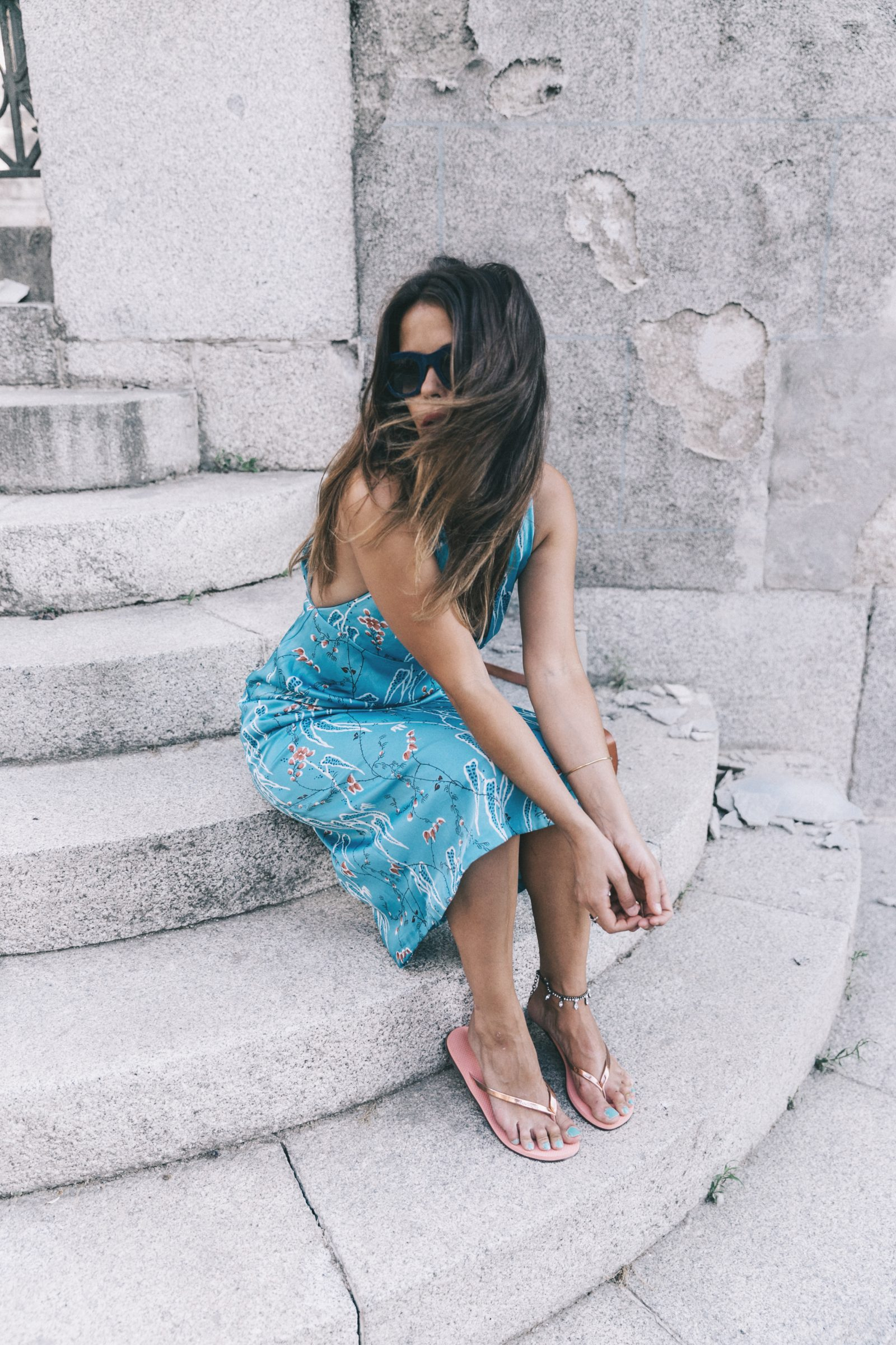 Outfit-Floral_Dress-Havaianas_Sandals-Summer-Sezane_Bag-Street_Style-Celine_Sunglasses-Collage_Vintage-4