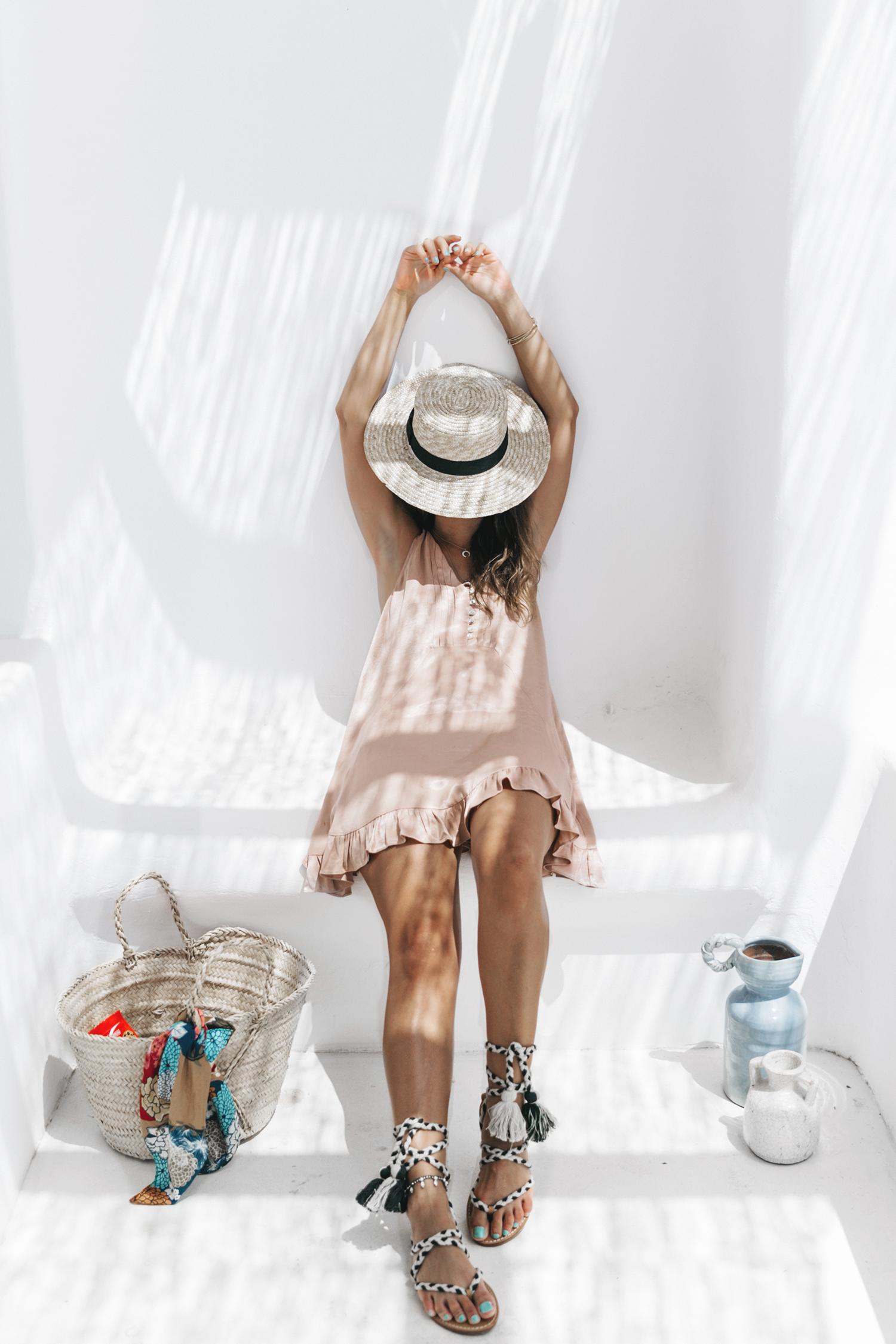 Soludos-Soludos_Escapes-Light_Pink_Dress-Knotted_Sandals-Mykonos-Greece-Collage_Vintage-Summer_Outfit-Street_Style-10