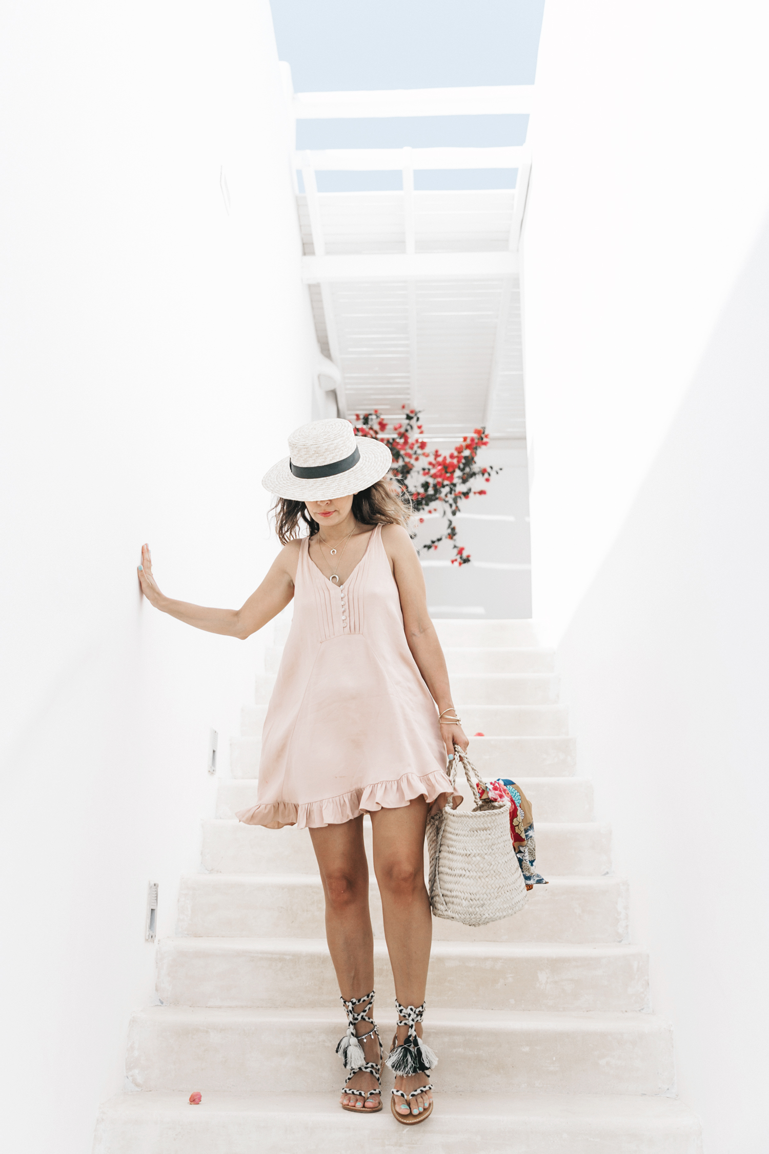 Soludos-Soludos_Escapes-Light_Pink_Dress-Knotted_Sandals-Mykonos-Greece-Collage_Vintage-Summer_Outfit-Street_Style-27