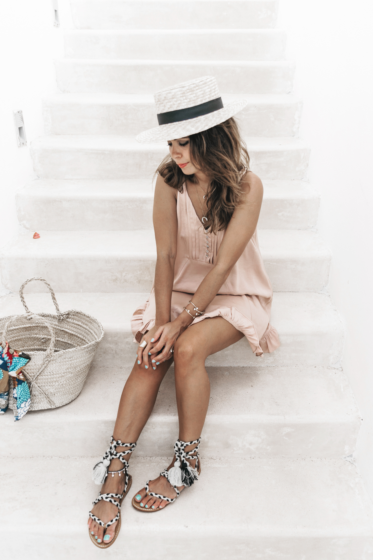 Soludos-Soludos_Escapes-Light_Pink_Dress-Knotted_Sandals-Mykonos-Greece-Collage_Vintage-Summer_Outfit-Street_Style-41