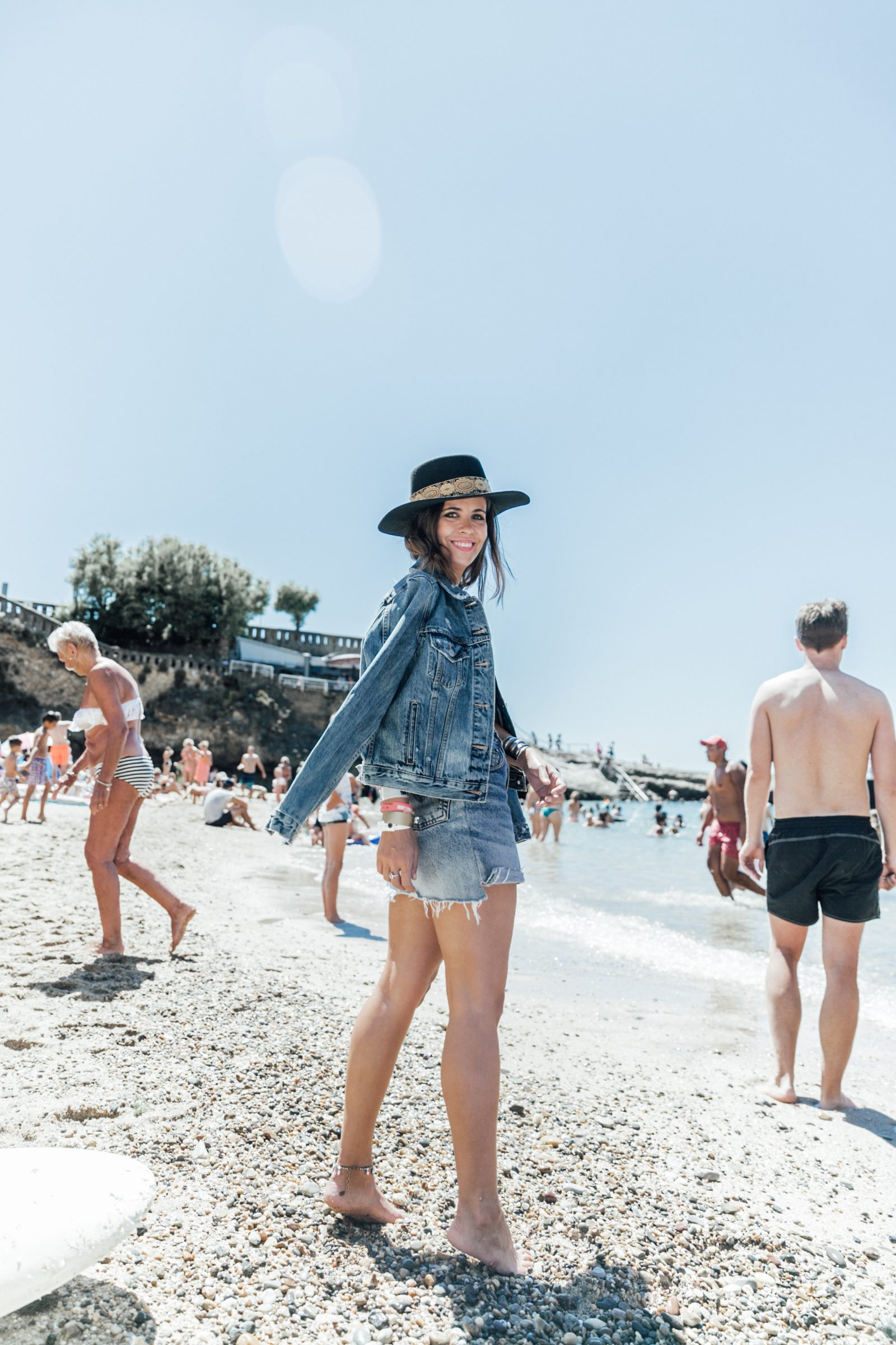 Biarritz-Big_Festival-Live_in_Levis-Double_Denim-Denim_Skirt-Denim_Jacket-Nude_Top-Lack_Of_Color_Hat-Outfit-Summer-Street_Style-29