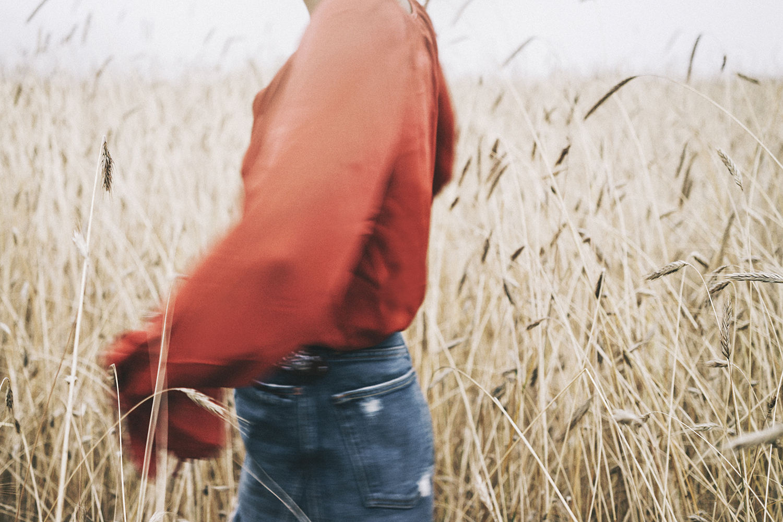 GRLFRND_Revolve_in_The_Hamptons-Denim_Skirt-Outfit-Collage_Vintage-49