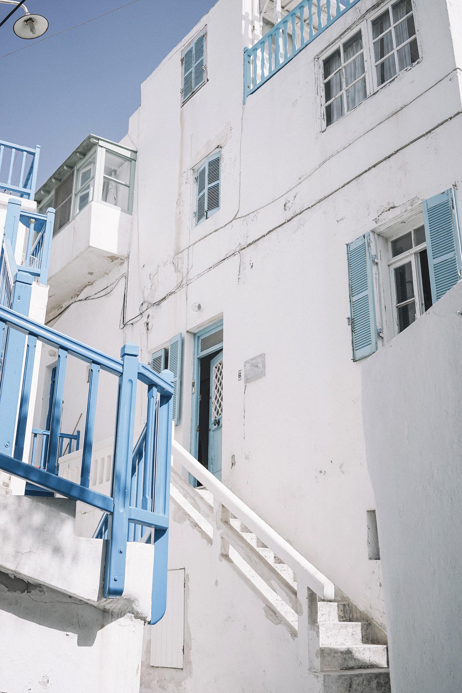 Lace_up_Blouse-Ralph_Lauren-Soludos_Espadrilles-Soludos_Escapes-Skirt-Straw_Hat-Canotier-Lack_Of_Color-Street_Style-Mykonos-Greece-Collage_Vintage-111