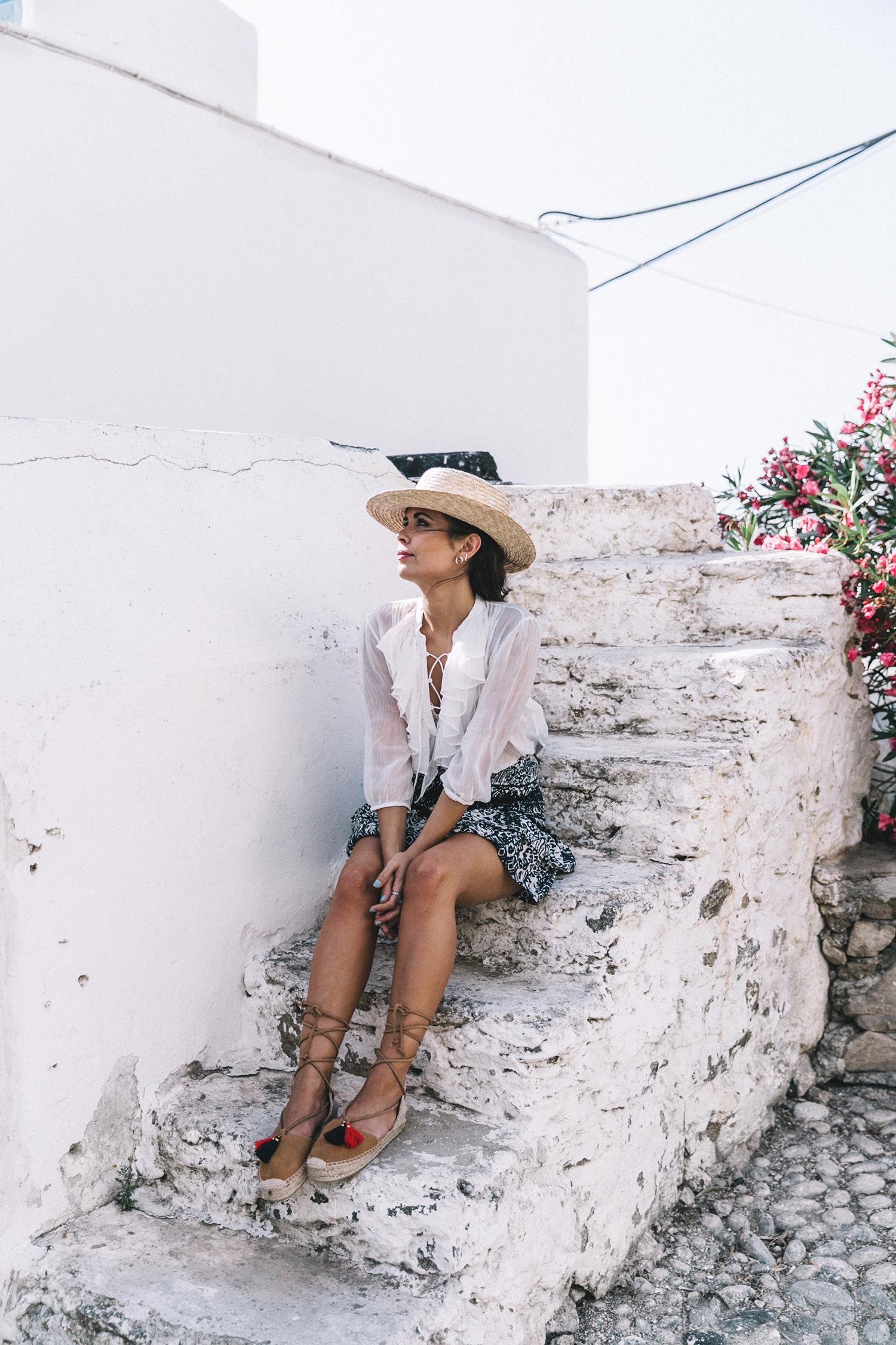 Lace_up_Blouse-Ralph_Lauren-Soludos_Espadrilles-Soludos_Escapes-Skirt-Straw_Hat-Canotier-Lack_Of_Color-Street_Style-Mykonos-Greece-Collage_Vintage-2