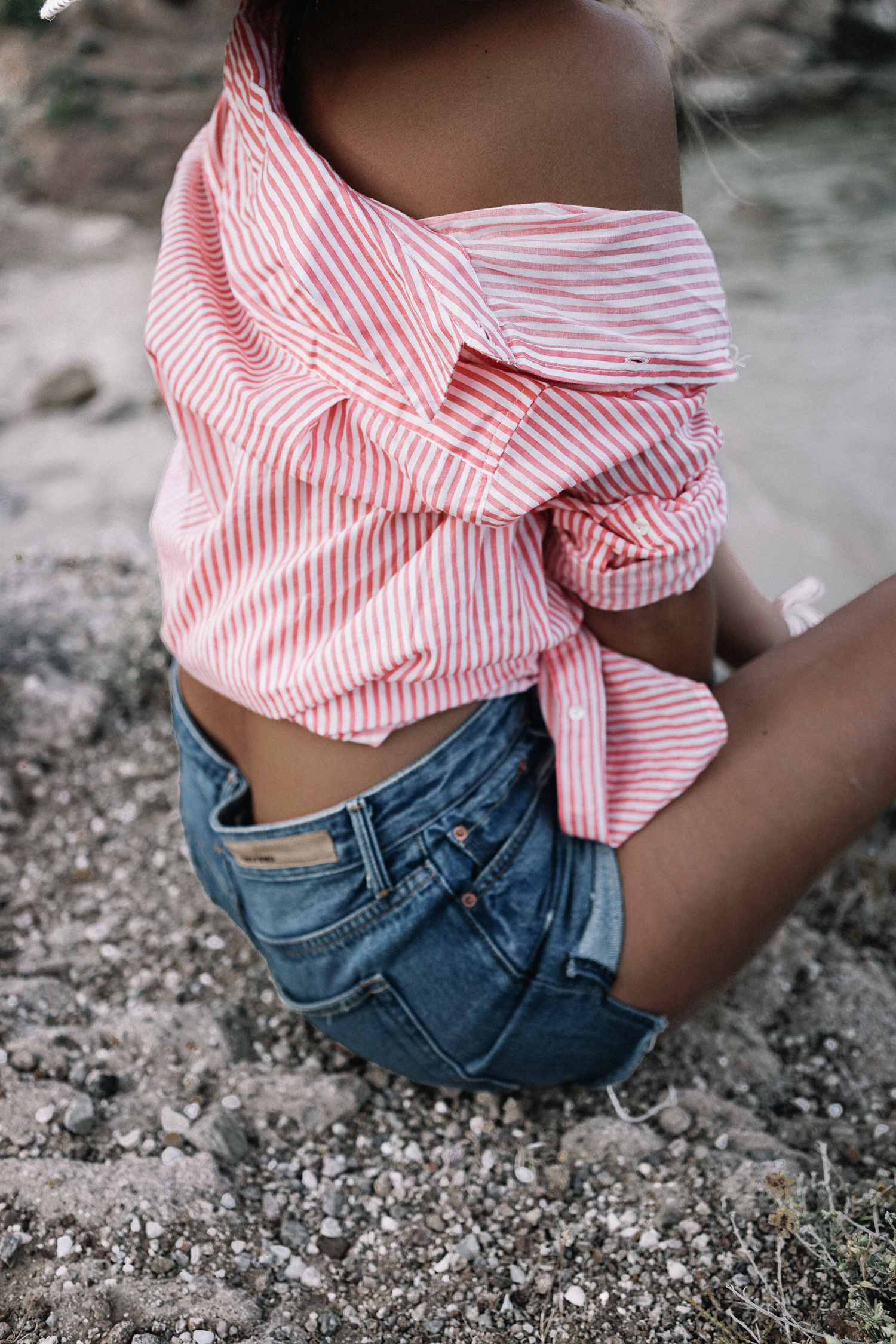 Mykonos-Collage_on_The_Road-Striped_Shirt-GRLFRND_Shorts-Straw_Hat-17