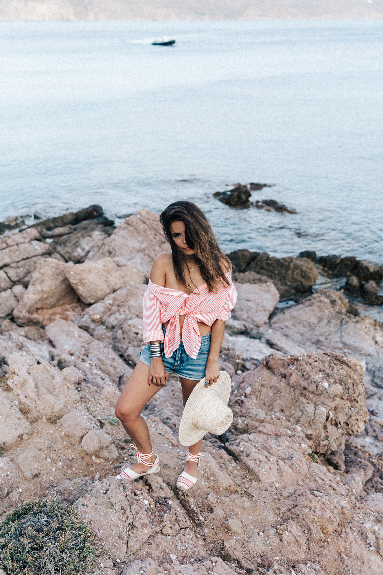 Mykonos-Collage_on_The_Road-Striped_Shirt-GRLFRND_Shorts-Straw_Hat-Denim-Espadrilles-Soludos_Escapes-Greece-Outfit-20
