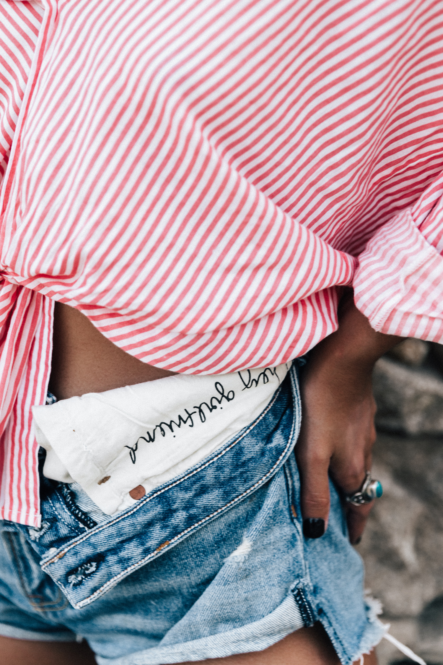Mykonos-Collage_on_The_Road-Striped_Shirt-GRLFRND_Shorts-Straw_Hat-Denim-Espadrilles-Soludos_Escapes-Greece-Outfit-92