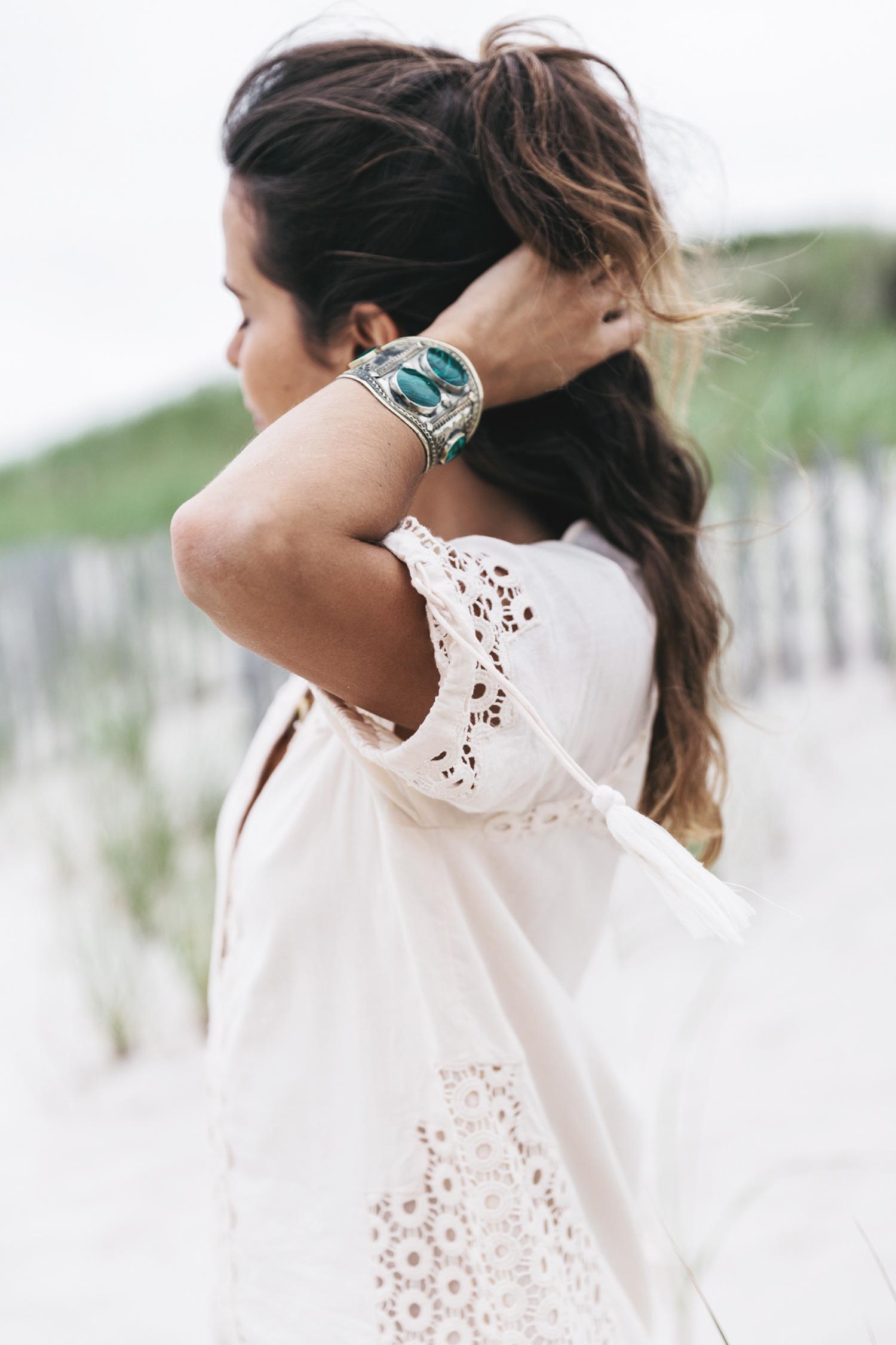Revolve_in_The_Hamptons-Revolve_Clothing-Collage_Vintage-Cream_Dress-Tularosa-Canotier-84