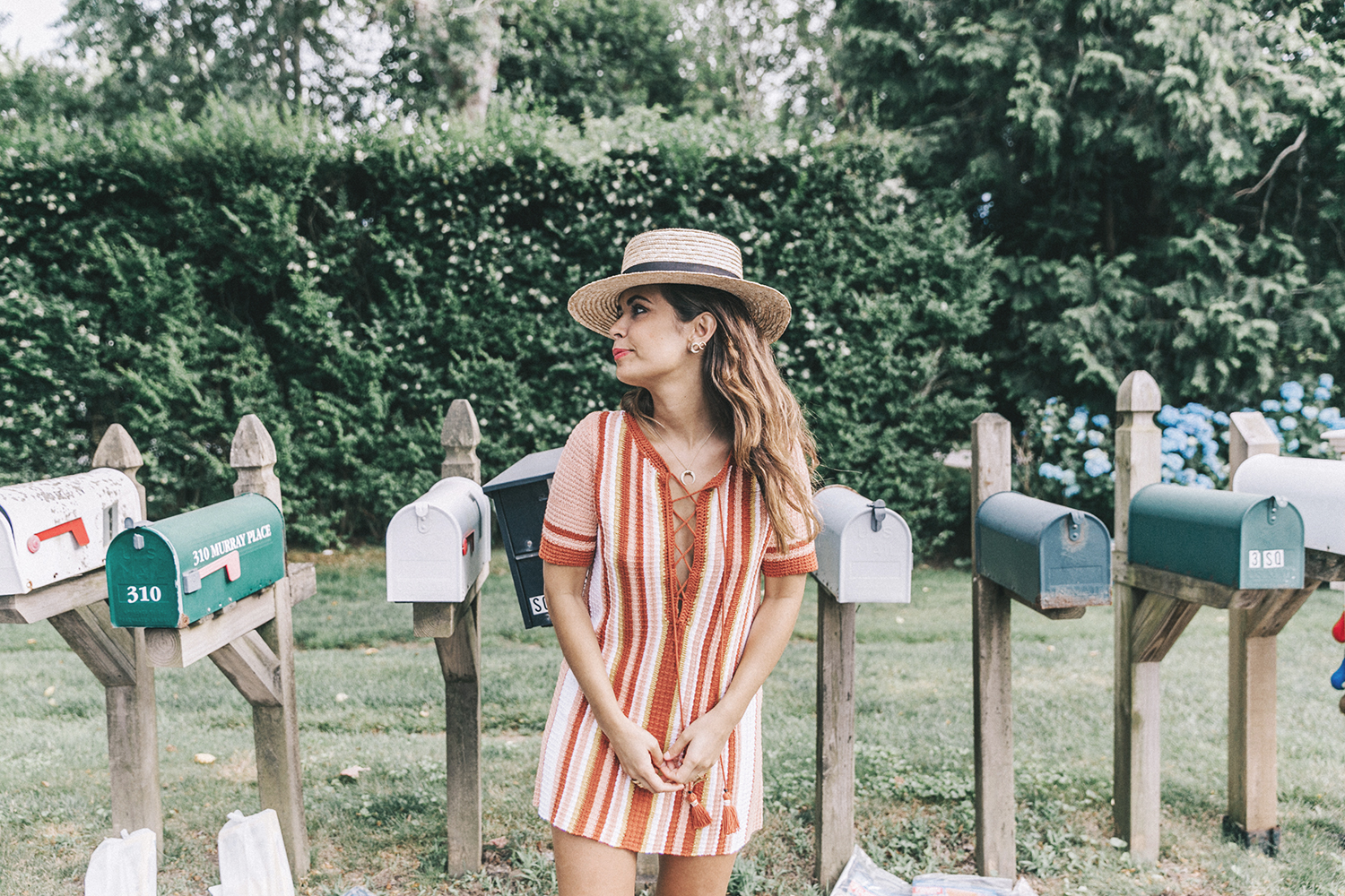 Revolve_in_The_Hamptons-Revolve_Clothing-Collage_Vintage-Free_People_Lace_Dress-Knitted_Dress-Soludos_Espadrilles-Canotier-Hat-Outfit-25