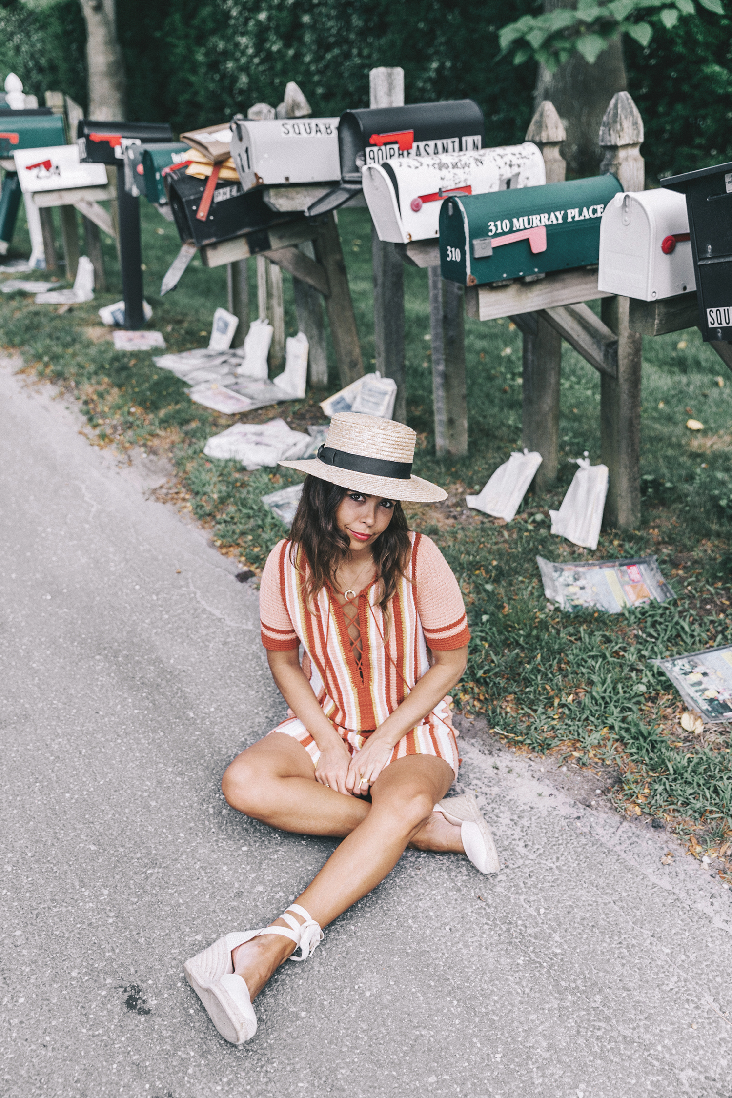 Revolve_in_The_Hamptons-Revolve_Clothing-Collage_Vintage-Free_People_Lace_Dress-Knitted_Dress-Soludos_Espadrilles-Canotier-Hat-Outfit-51