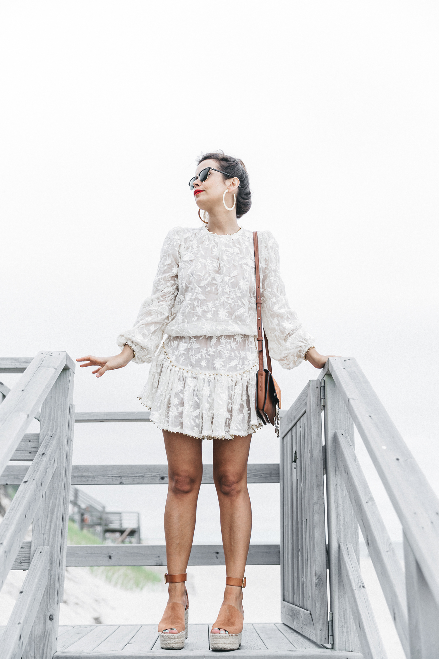 Revolve_in_The_Hamptons-Zimmermann-Embroidered_Dress-WHite_Dress-Chloe_Fay_Bag-Chloe_Wedges-Outfit-104