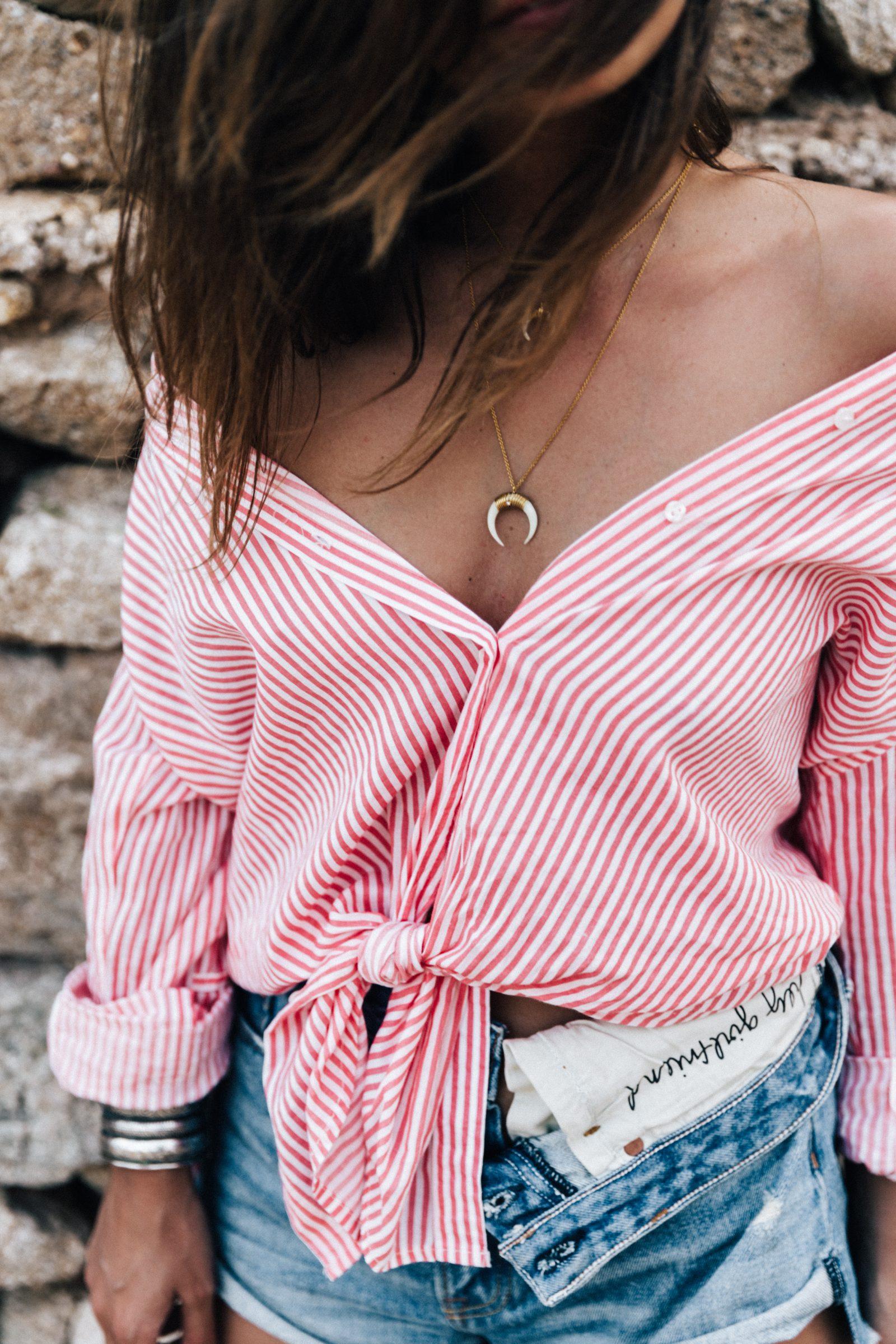 Striped_Blouse-Red_Stripes-GRLFRND_Denim-Shorts-Straw_Hat-Soludos_Espadrilles-Greece-Mykonos-Collage_Vintage-91
