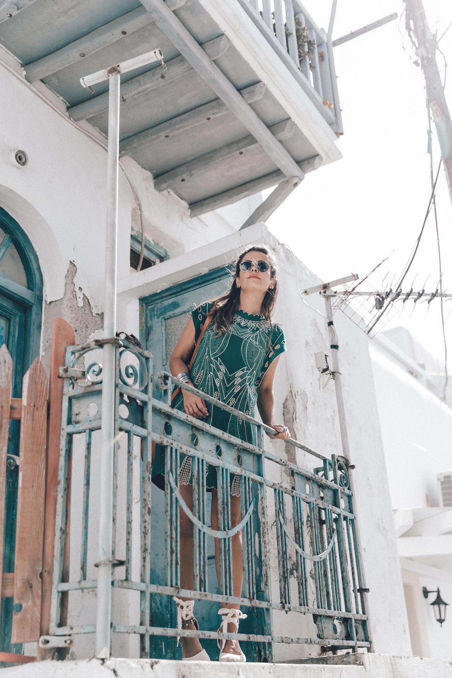 Tularosa_Dress-Soludos_Escapes-Soludos_Espadrilles-Sezane_Bag-Leather_Crossbody_Bag-Boho_Outfit-Look-Ray_Ban-Street_Style-Mykonos-Greece-Collage_Vintage-27