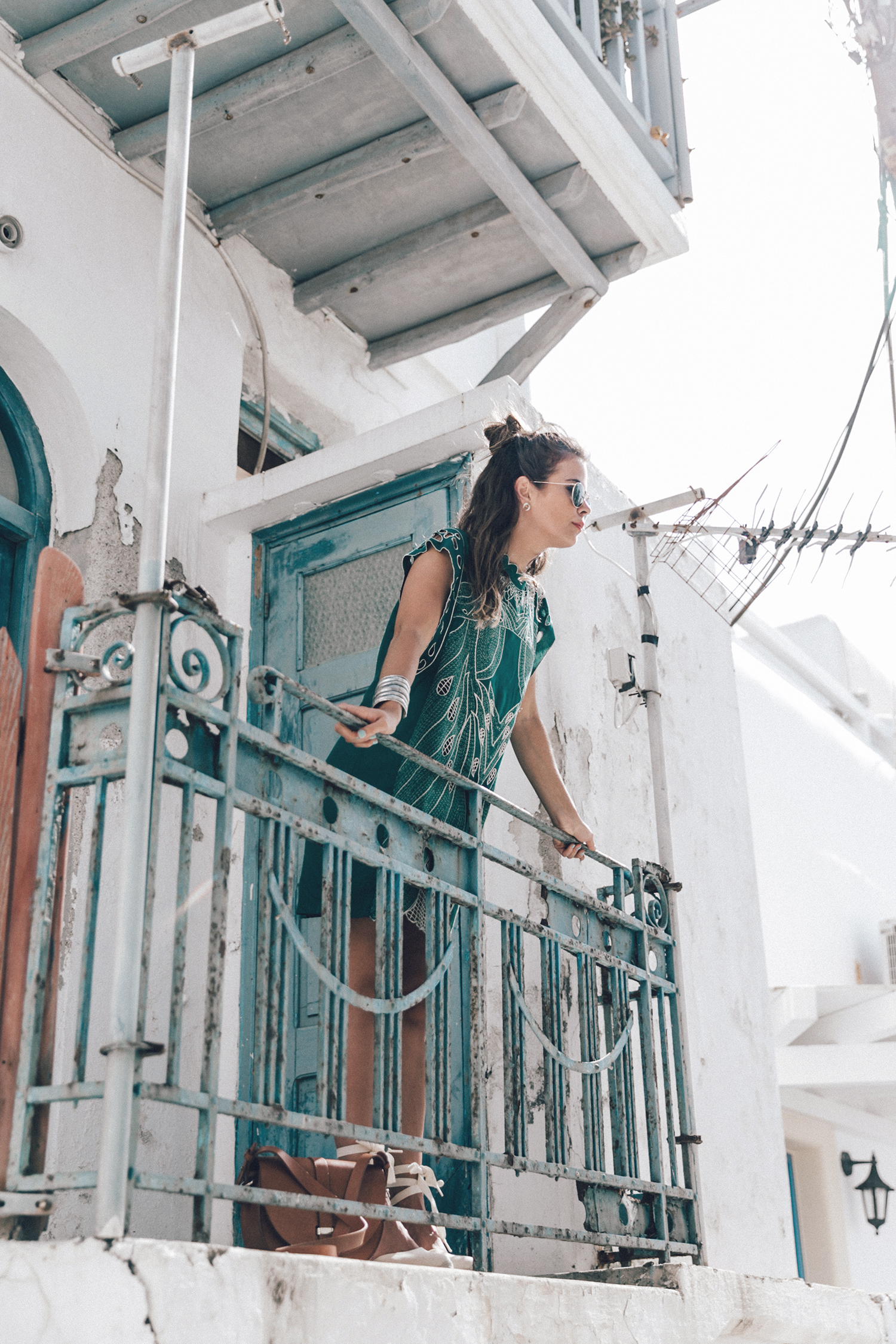 Tularosa_Dress-Soludos_Escapes-Soludos_Espadrilles-Sezane_Bag-Leather_Crossbody_Bag-Boho_Outfit-Look-Ray_Ban-Street_Style-Mykonos-Greece-Collage_Vintage-28