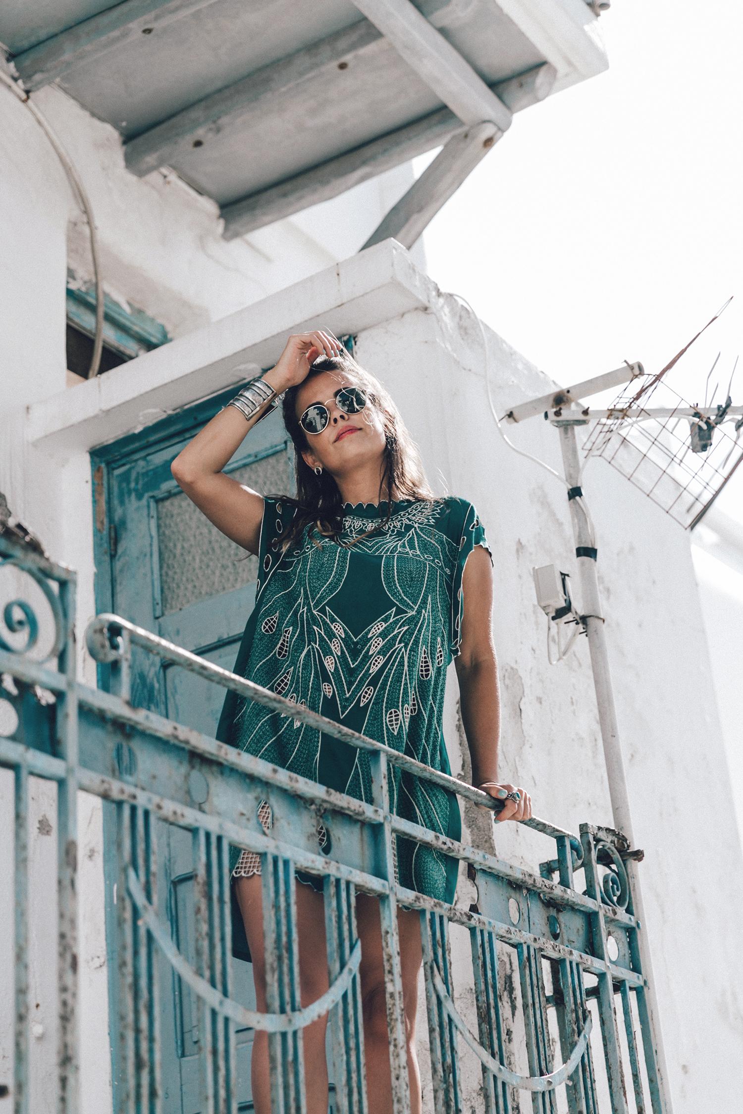 Tularosa_Dress-Soludos_Escapes-Soludos_Espadrilles-Sezane_Bag-Leather_Crossbody_Bag-Boho_Outfit-Look-Ray_Ban-Street_Style-Mykonos-Greece-Collage_Vintage-31