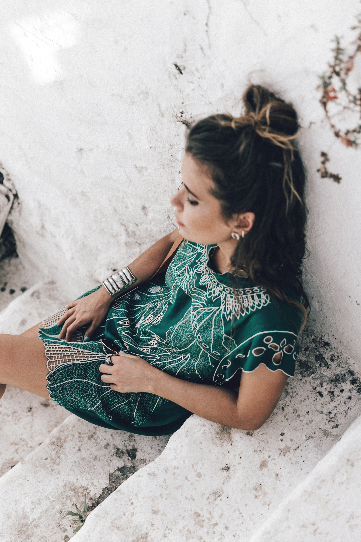 Tularosa_Dress-Soludos_Escapes-Soludos_Espadrilles-Sezane_Bag-Leather_Crossbody_Bag-Boho_Outfit-Look-Ray_Ban-Street_Style-Mykonos-Greece-Collage_Vintage-88-Recuperado