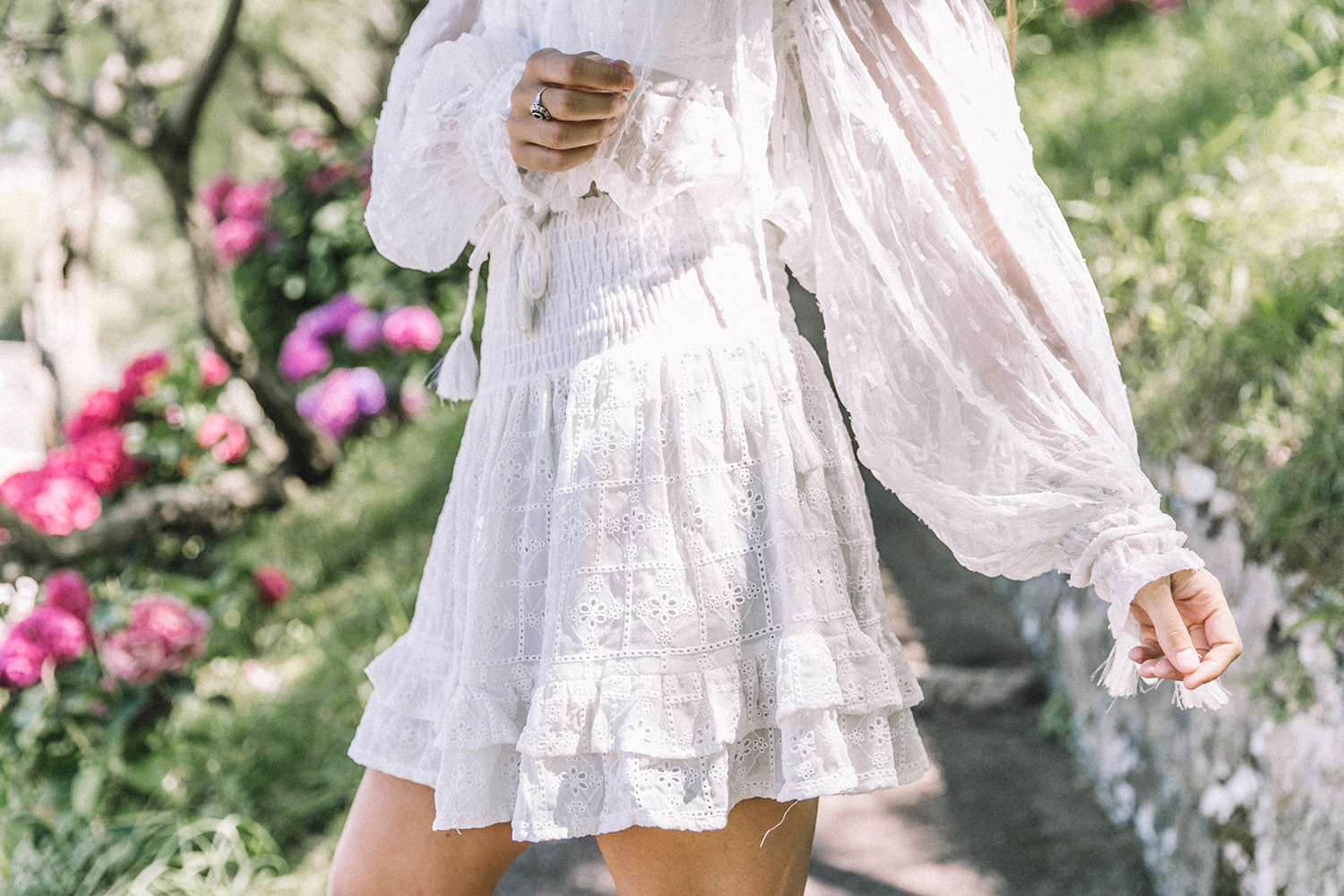 White_Outfit-Denim_Jacket-Lack_Of_Color_Hat-Outfit-Biarritz-Levis-Live_In_Levis-Street_Style-Summer-Boho_Skirt-Collage_Vintage-14