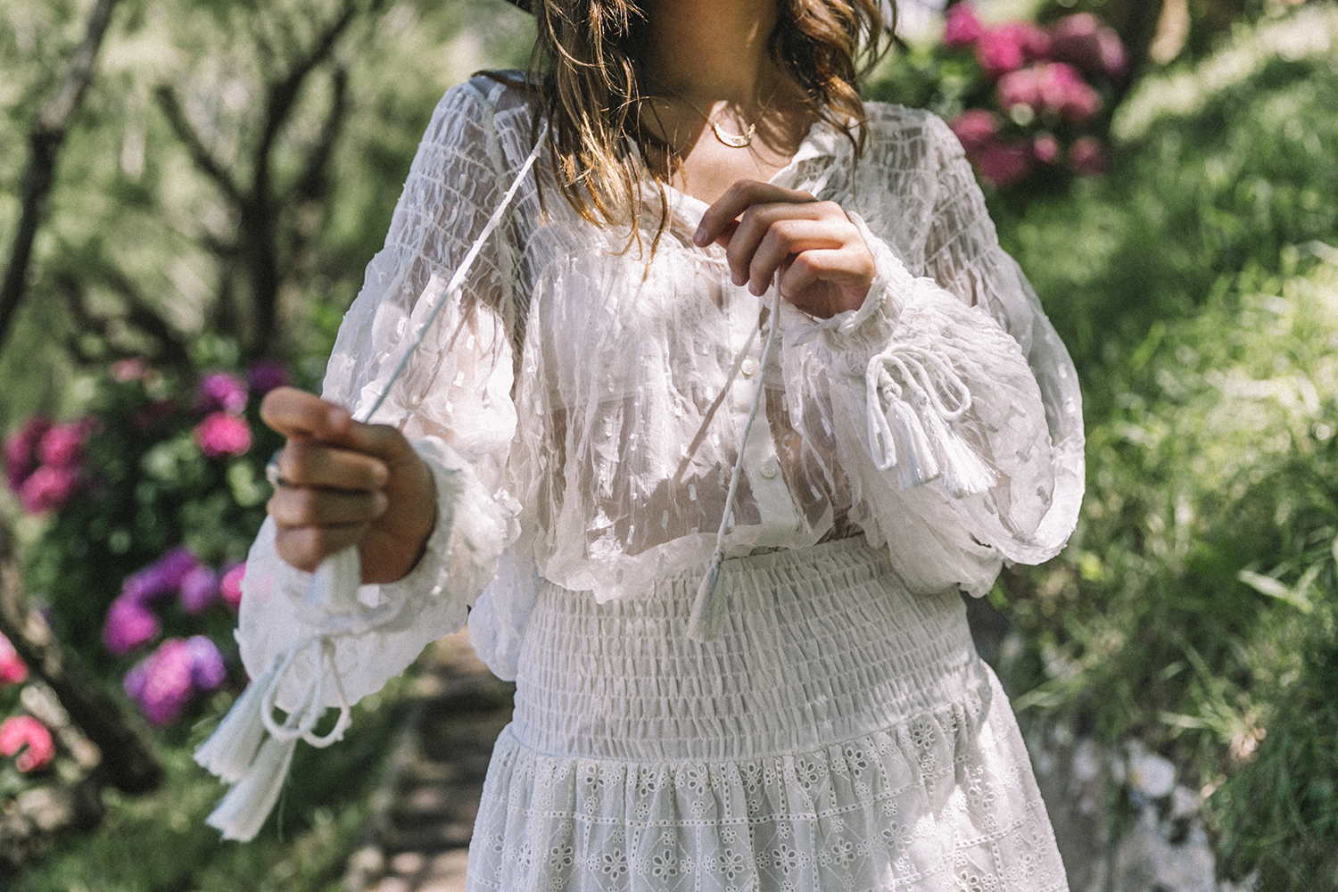 White_Outfit-Denim_Jacket-Lack_Of_Color_Hat-Outfit-Biarritz-Levis-Live_In_Levis-Street_Style-Summer-Boho_Skirt-Collage_Vintage-17