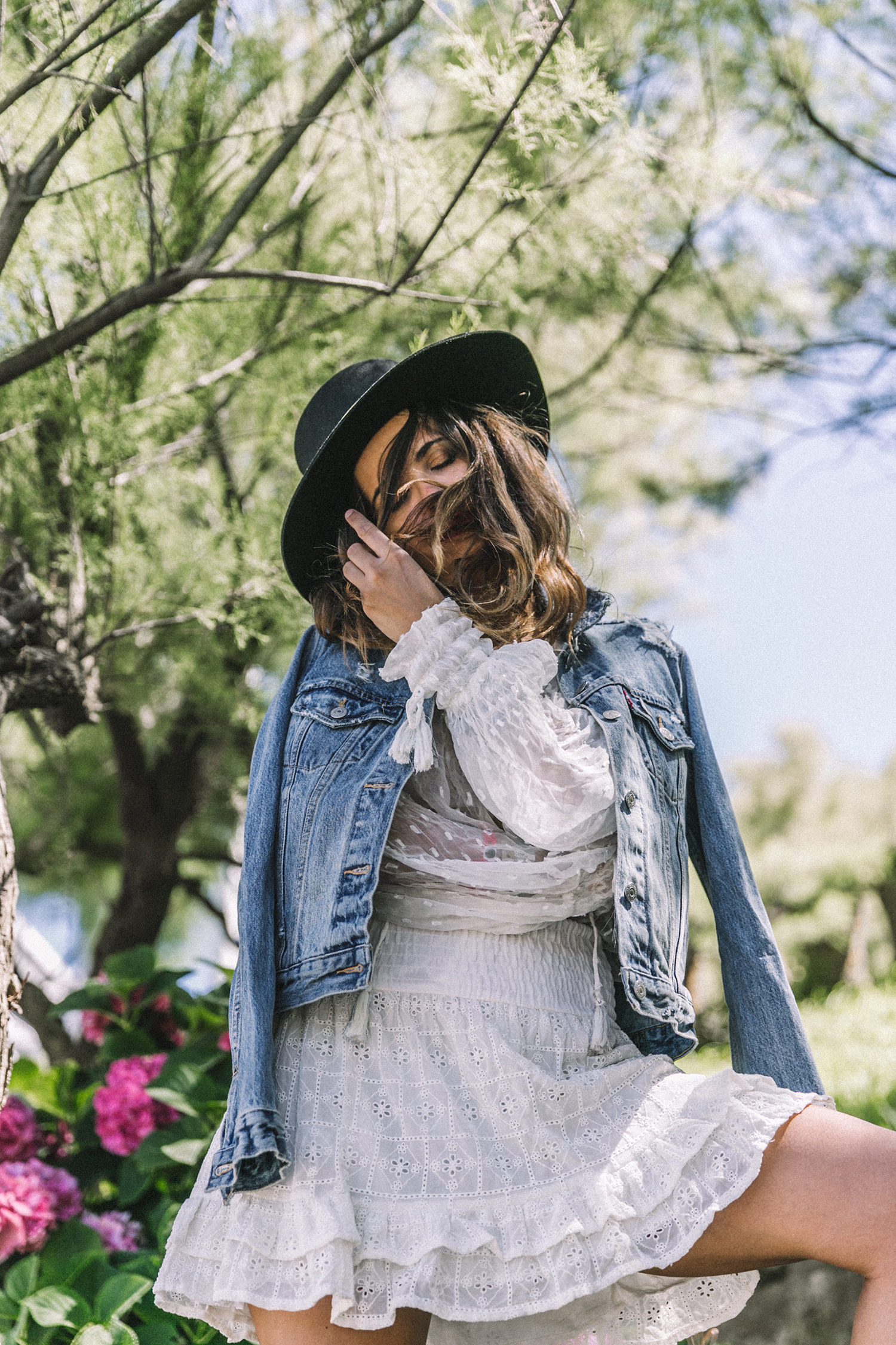 White_Outfit-Denim_Jacket-Lack_Of_Color_Hat-Outfit-Biarritz-Levis-Live_In_Levis-Street_Style-Summer-Boho_Skirt-Collage_Vintage-52