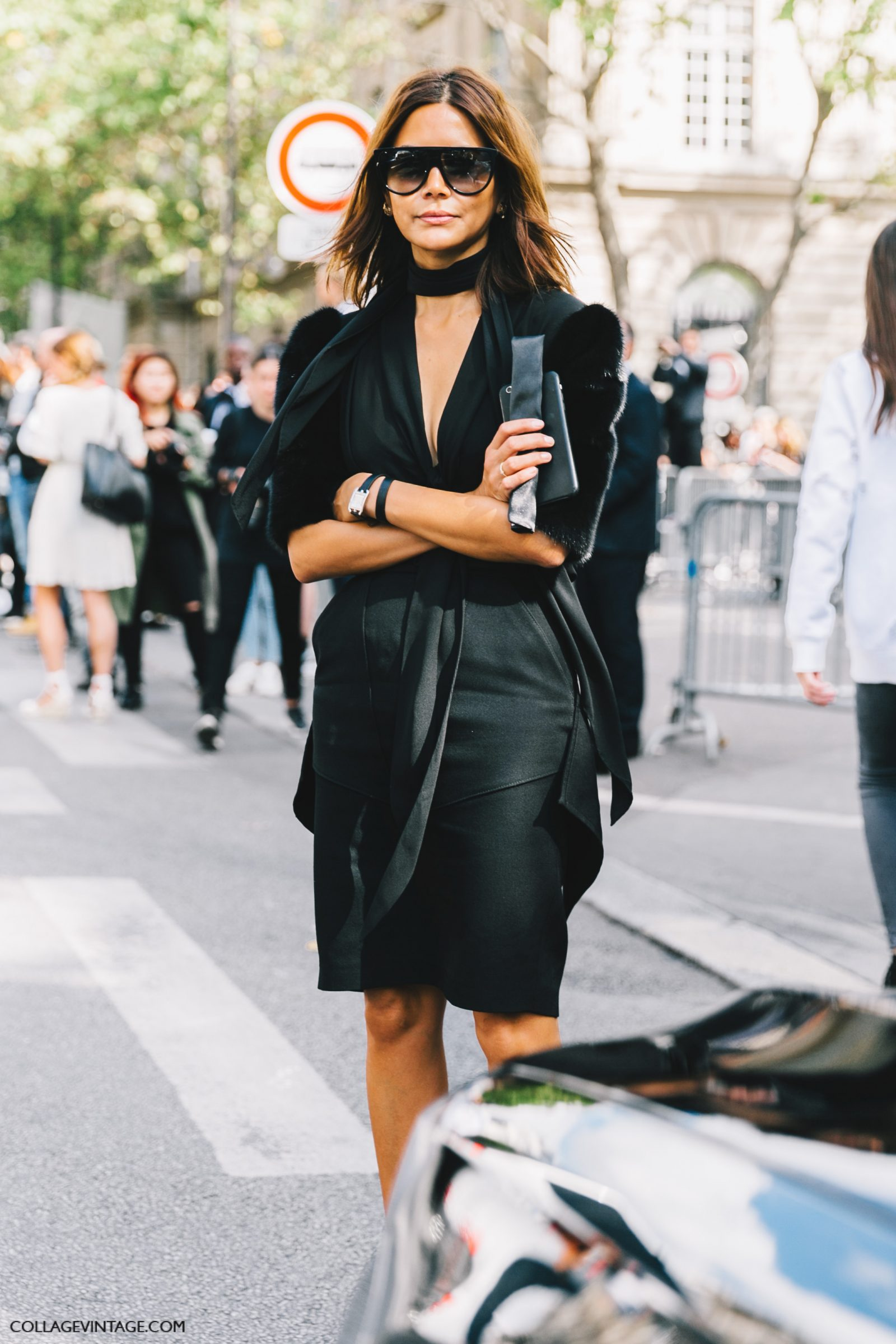 pfw-paris_fashion_week_ss17-street_style-outfits-collage_vintage-rochas-courreges-dries_van_noten-lanvin-guy_laroche-110