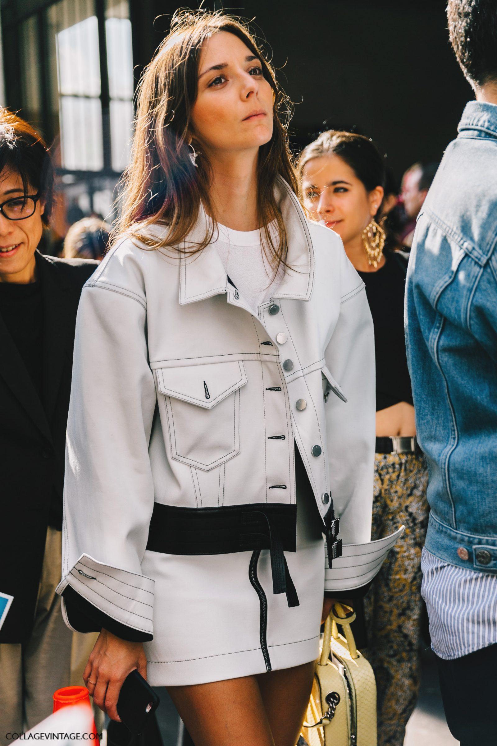 pfw-paris_fashion_week_ss17-street_style-outfits-collage_vintage-rochas-courreges-dries_van_noten-lanvin-guy_laroche-157