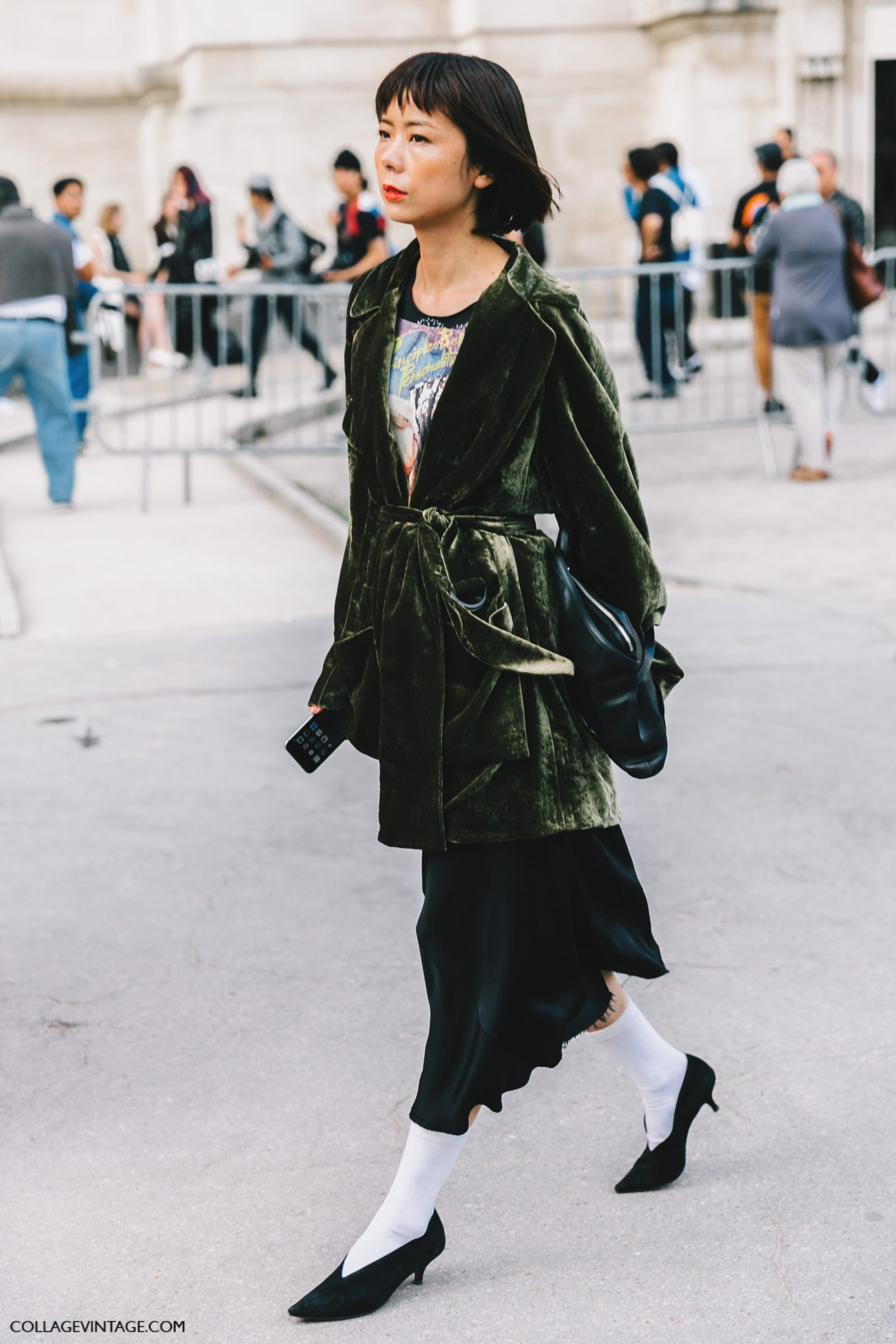pfw-paris_fashion_week_ss17-street_style-outfits-collage_vintage-rochas-courreges-dries_van_noten-lanvin-guy_laroche-67